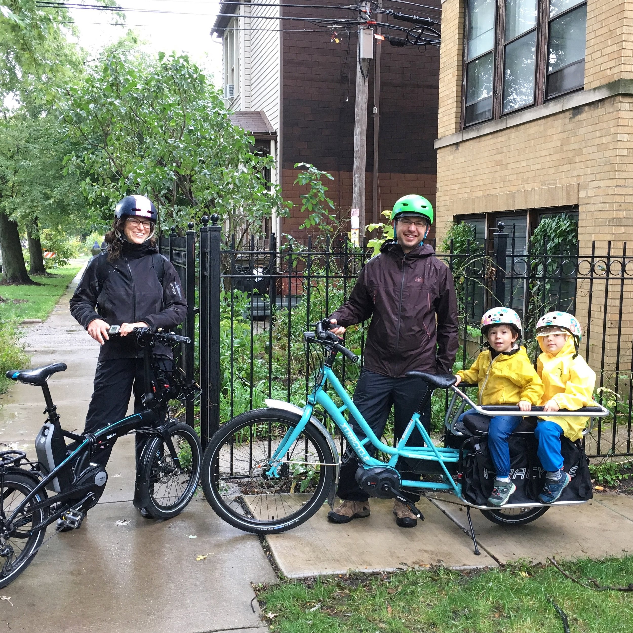Sunday, Parker Thompson, his kiddos and I borrowed these awesome ebikes from the fantastic  Four Star Family Cyclery  in Chicago. We rode them to a very sweet kidical mass.