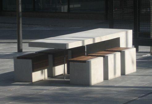 Hub crown st mall table.jpeg