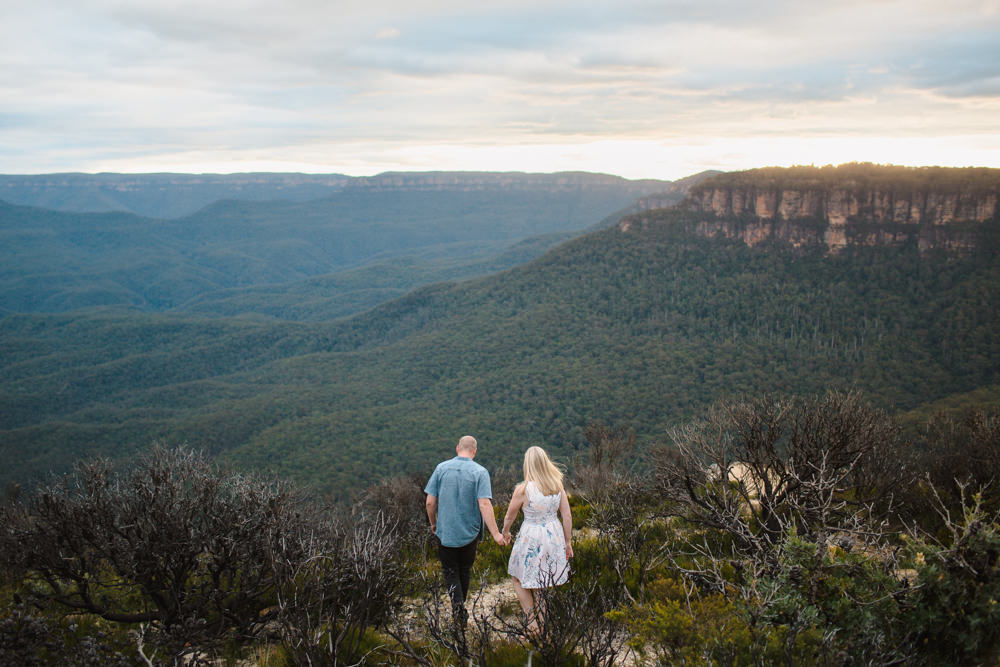 blue-mountains-engagement-1.jpg