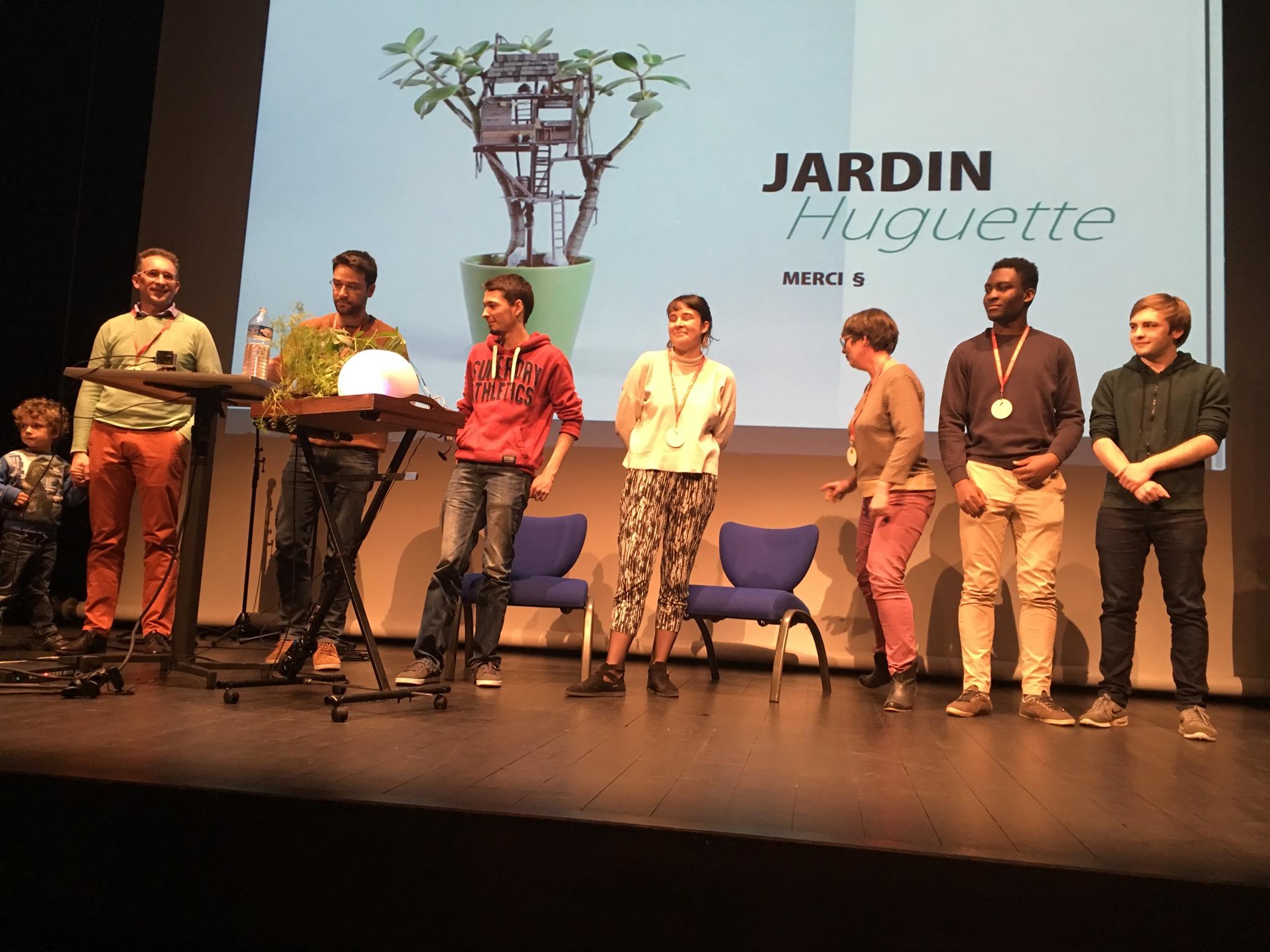 JARDIN HUGUETTE :Un jardin vivant mobile d'intérieur. Pour en savoir davantage, lire le billet sur :  l'Équipe orange