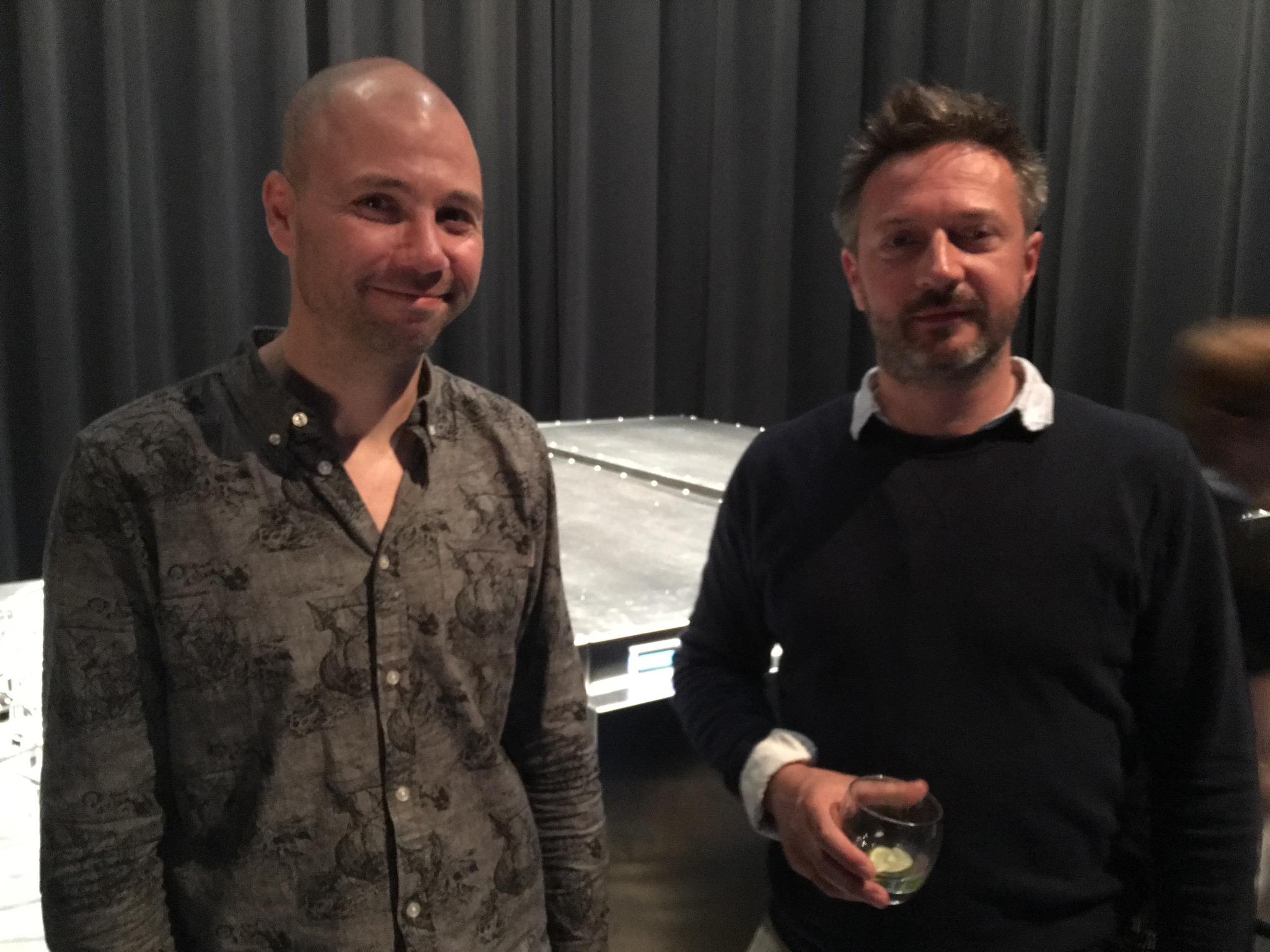 Frederik Duerinck, cinéaste, et Marcel Brakel, metteur en scène,au Centre PHI pour le vernissage de  Sensory Stories : Donner du corps au récit à l'ère numérique.
