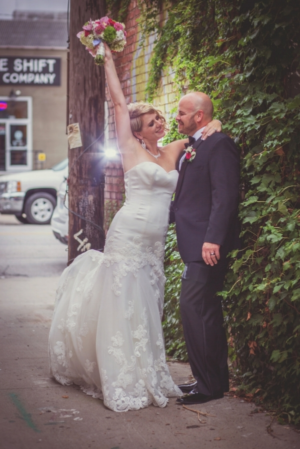 Kansas City-Small Wedding-Elope-Reception-Intimate-Ceremony-Mini Ceremony-Giveaway-Free Wedding-Melanie&David_149b.jpg