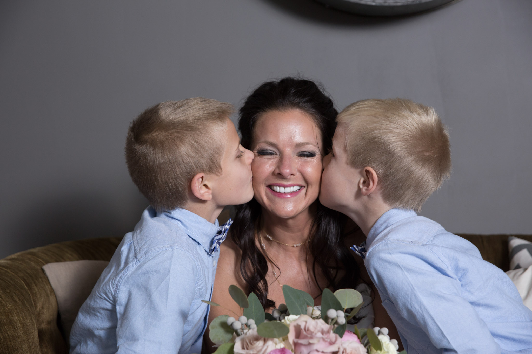 Kansas+City-Small+Wedding-Elope_Intimate_Ceremony_Mother's+Day21.jpg