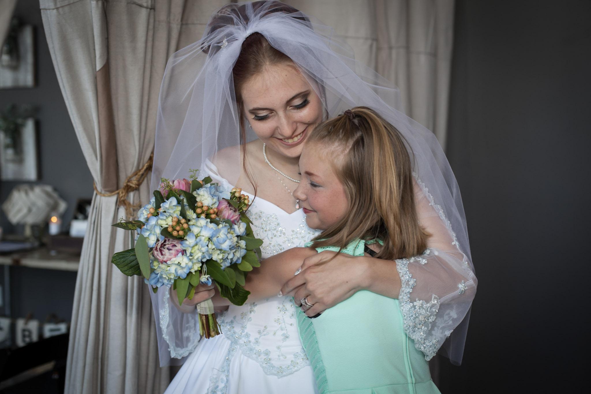 Kansas+City-Small+Wedding-Elope_Intimate_Ceremony_Mother's+Day7.jpg