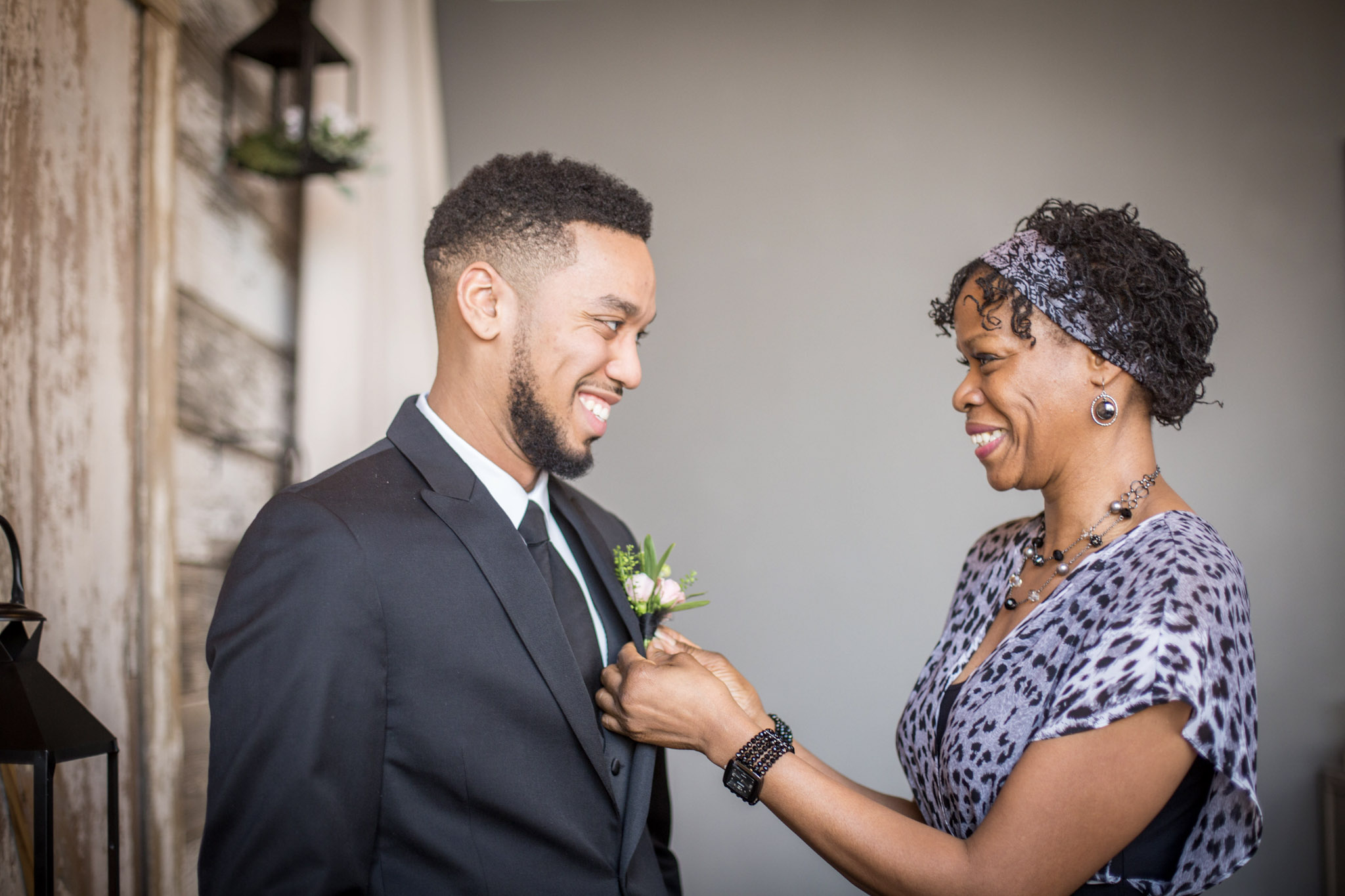 Kansas+City-Small+Wedding-Elope_Intimate_Ceremony_Mother's+Day_1.jpg