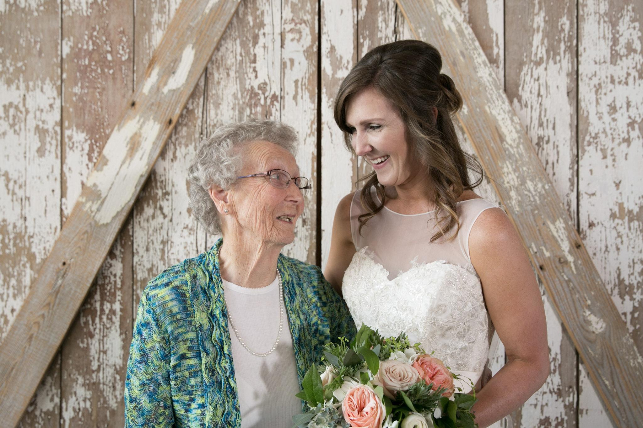 Kansas+City-Small+Wedding-Elope_Intimate_Ceremony_Mother's+Day11.jpg