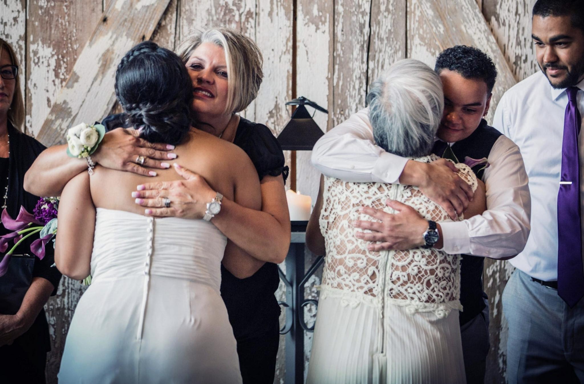 Kansas+City-Small+Wedding-Elope_Intimate_Ceremony_Mother's+Day_4.jpg