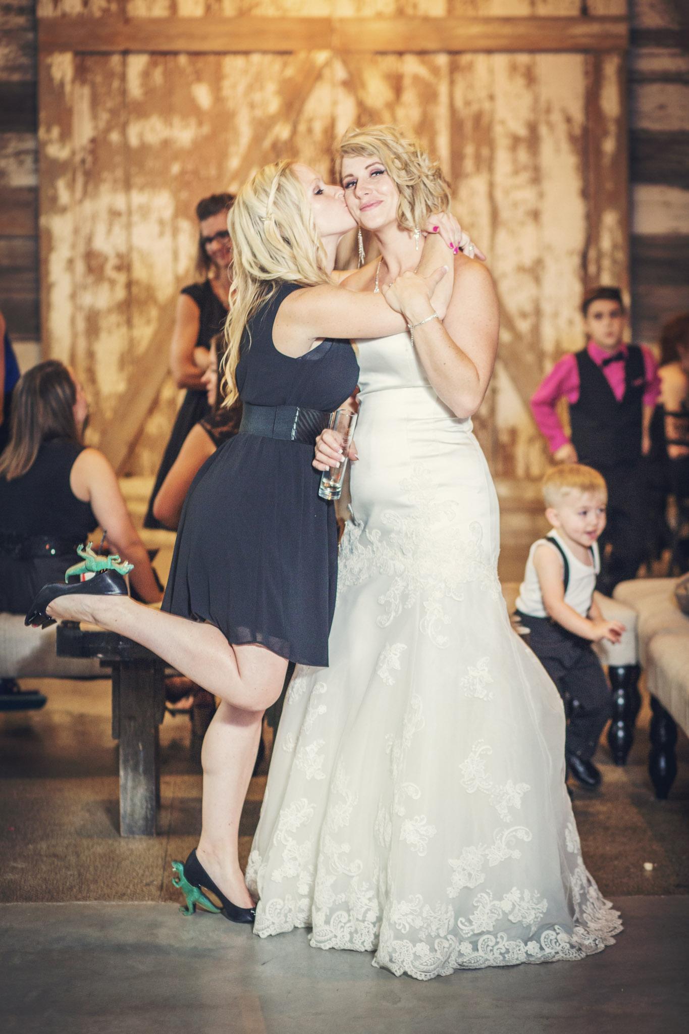 Kansas+City-Small+Wedding-Elope_Intimate_Ceremony_Melanie+David-26.jpg
