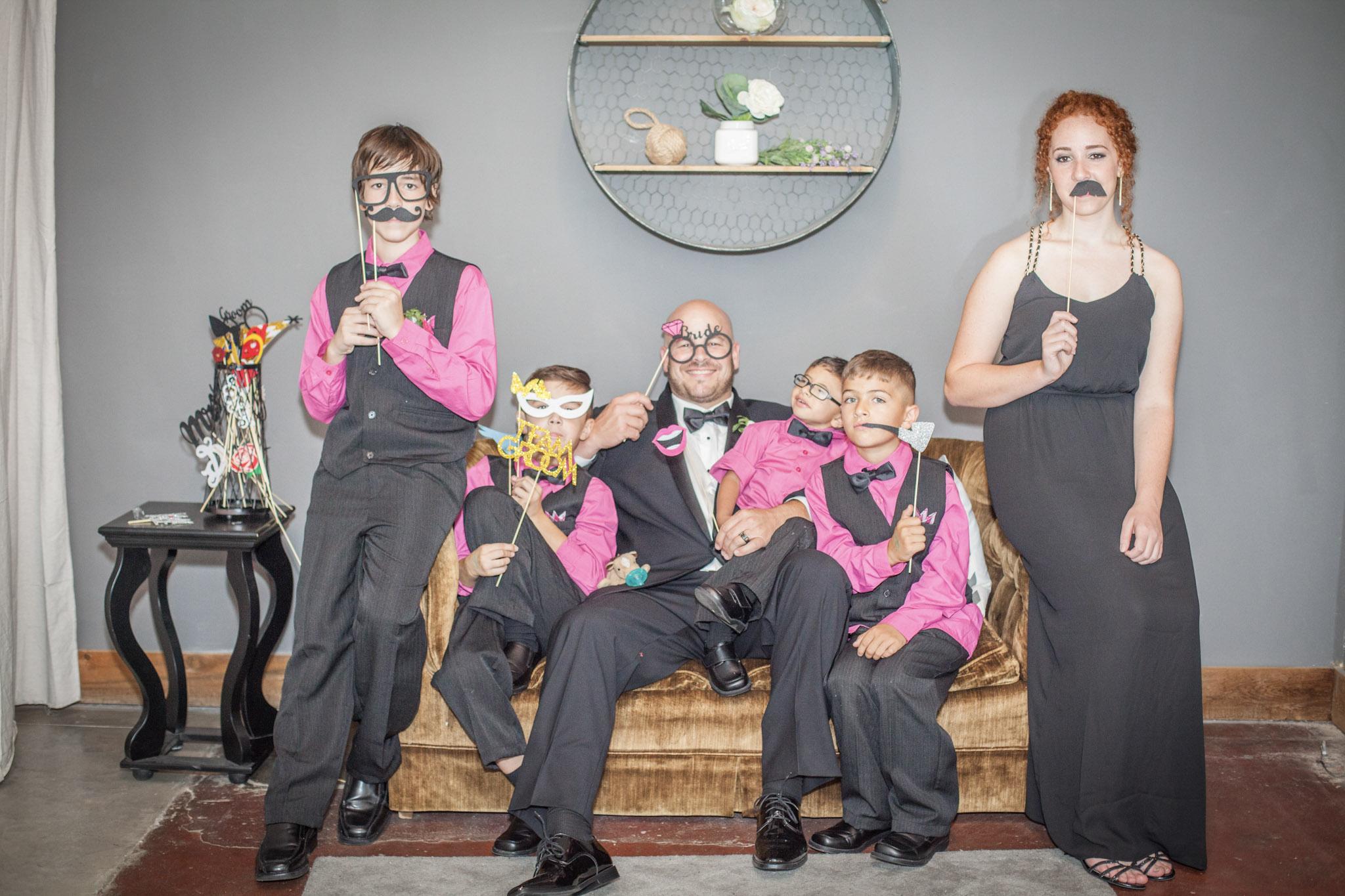 Kansas+City-Small+Wedding-Elope_Intimate_Ceremony_Melanie+David-23.jpg