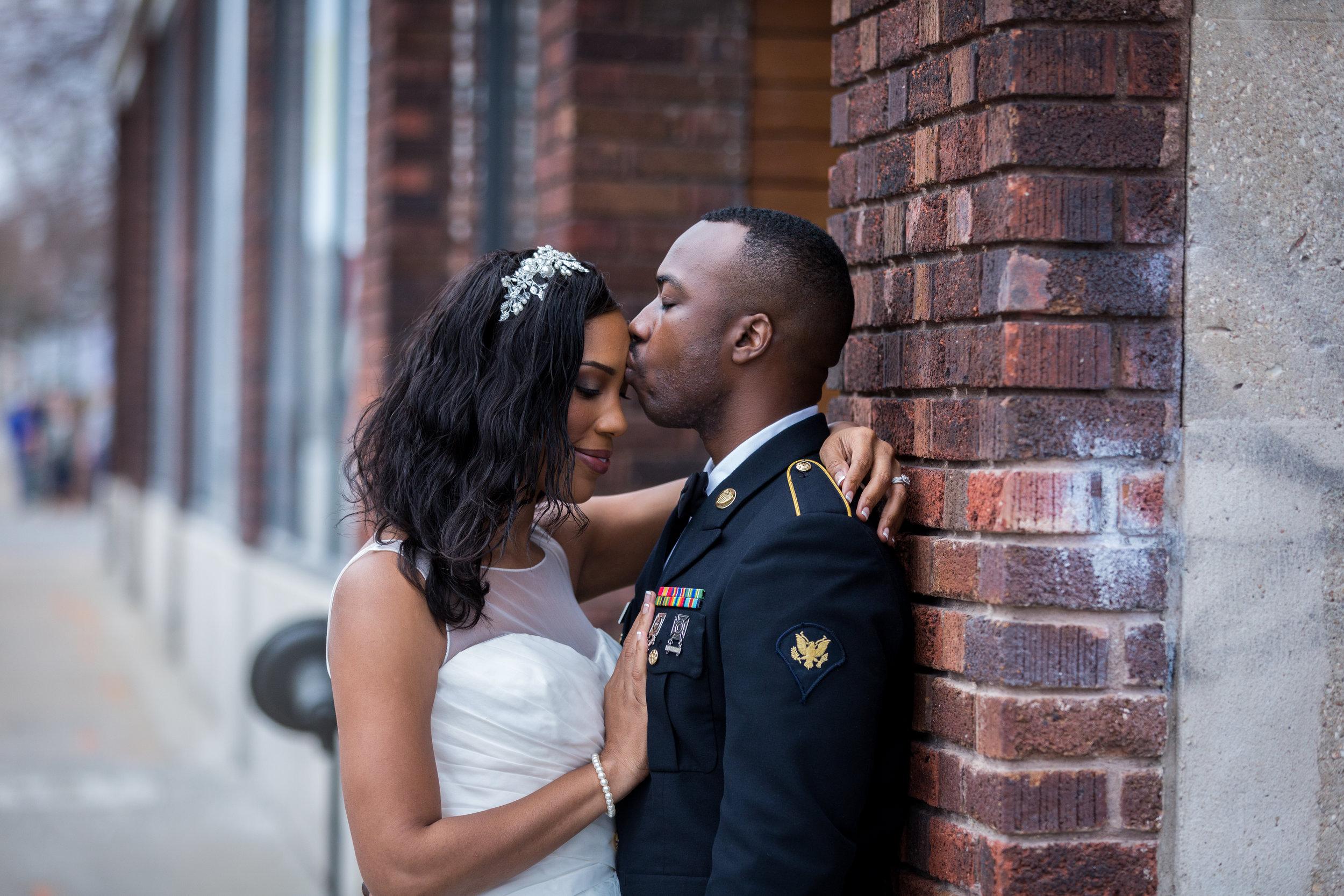 Kansas+City-Small+Wedding_Venue_Elope_Intimate_Ceremony_Memorial+Day_13.jpg