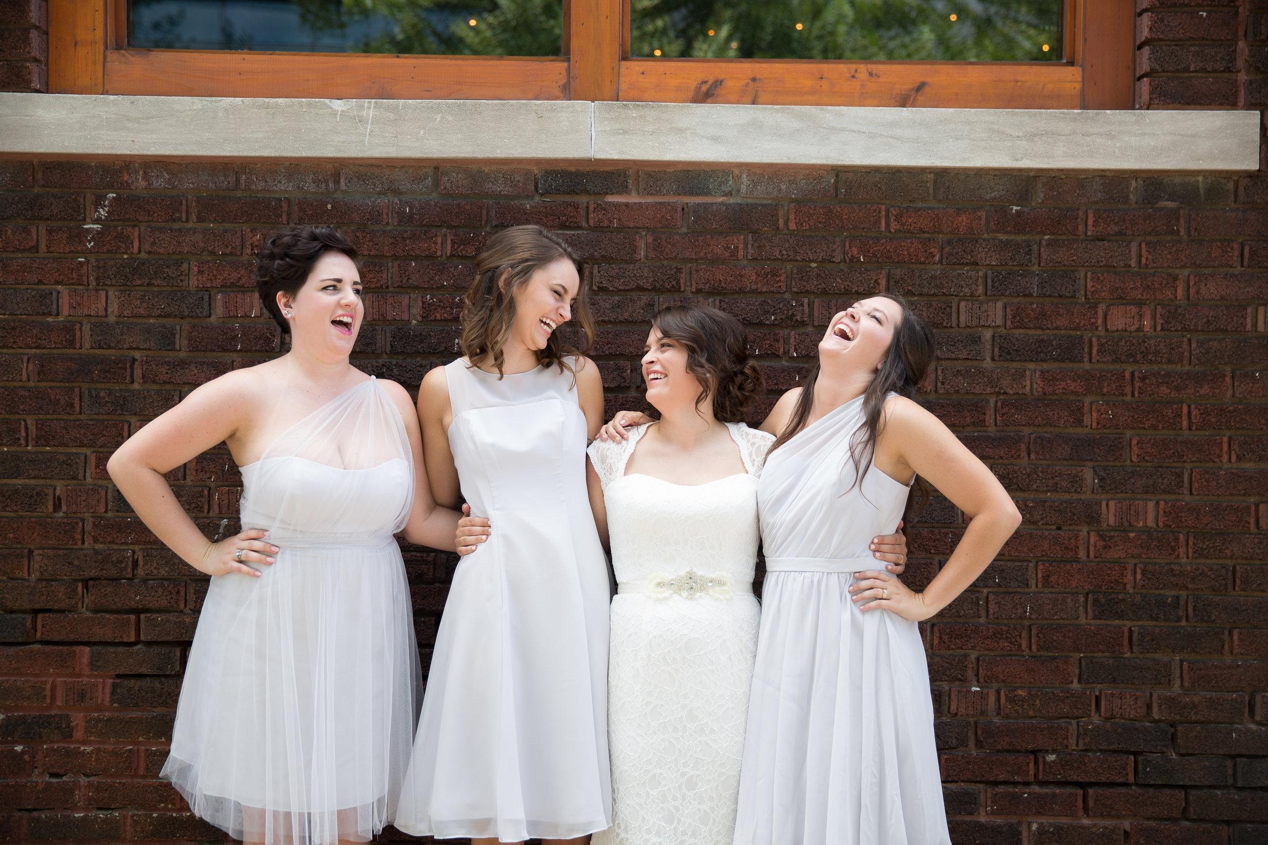 Kansas+City_Small+Wedding_Elope_Intimate_Ceremony_Best+Friends_39.jpg