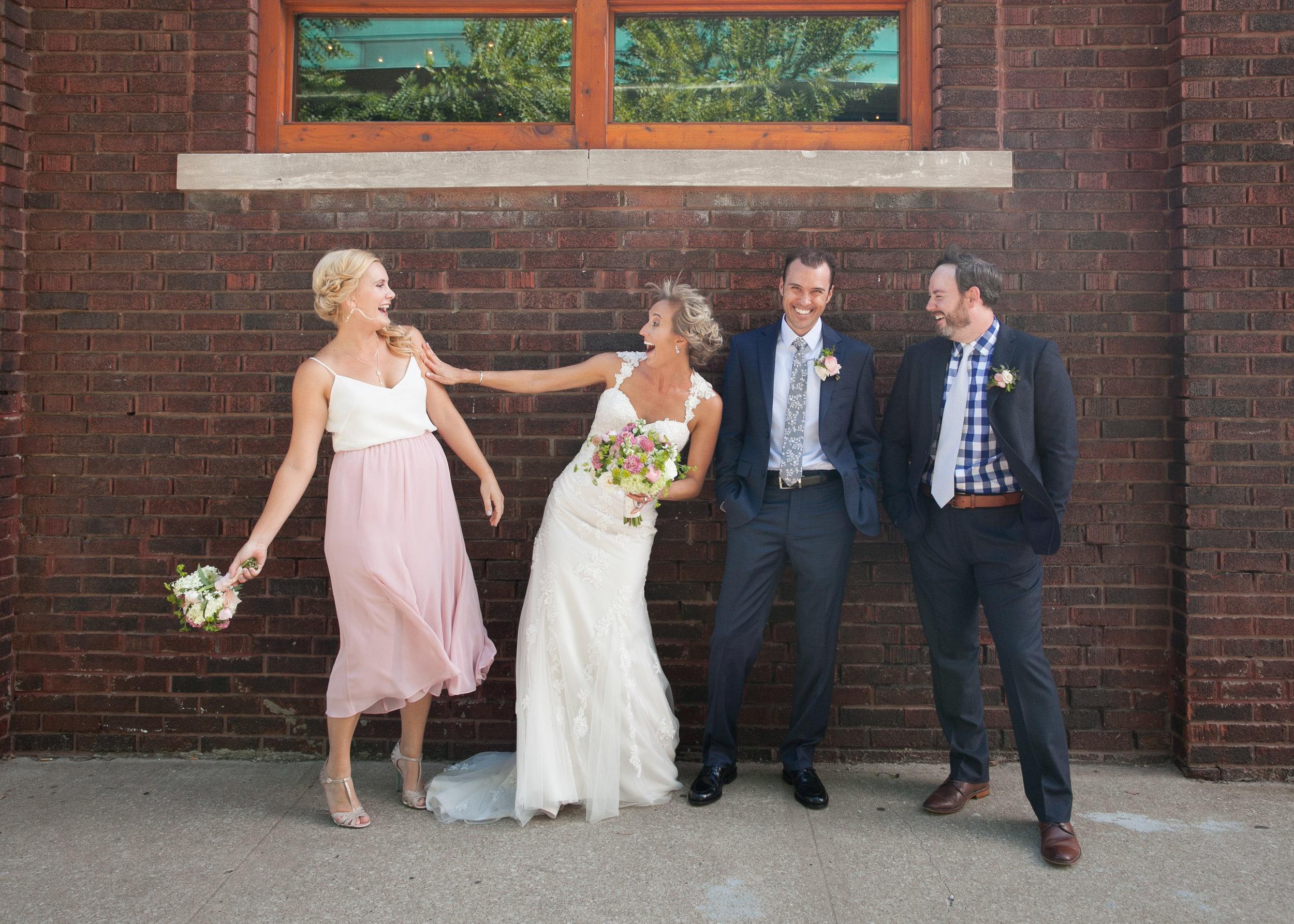 Kansas+City_Small+Wedding_Elope_Intimate_Ceremony_Best+Friends_7.jpg