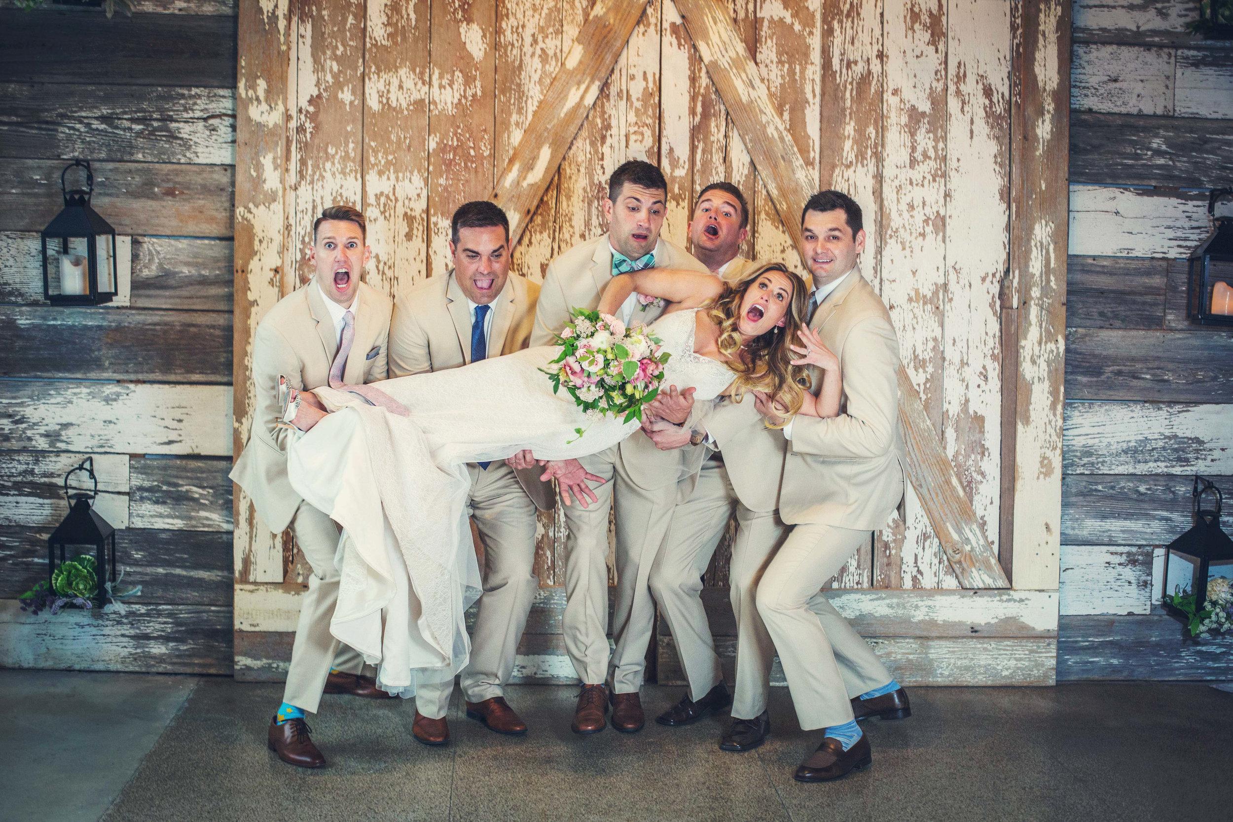 Kansas+City_Small+Wedding_Elope_Intimate_Ceremony_Best+Friends_Megan & Jeff-160b.jpg