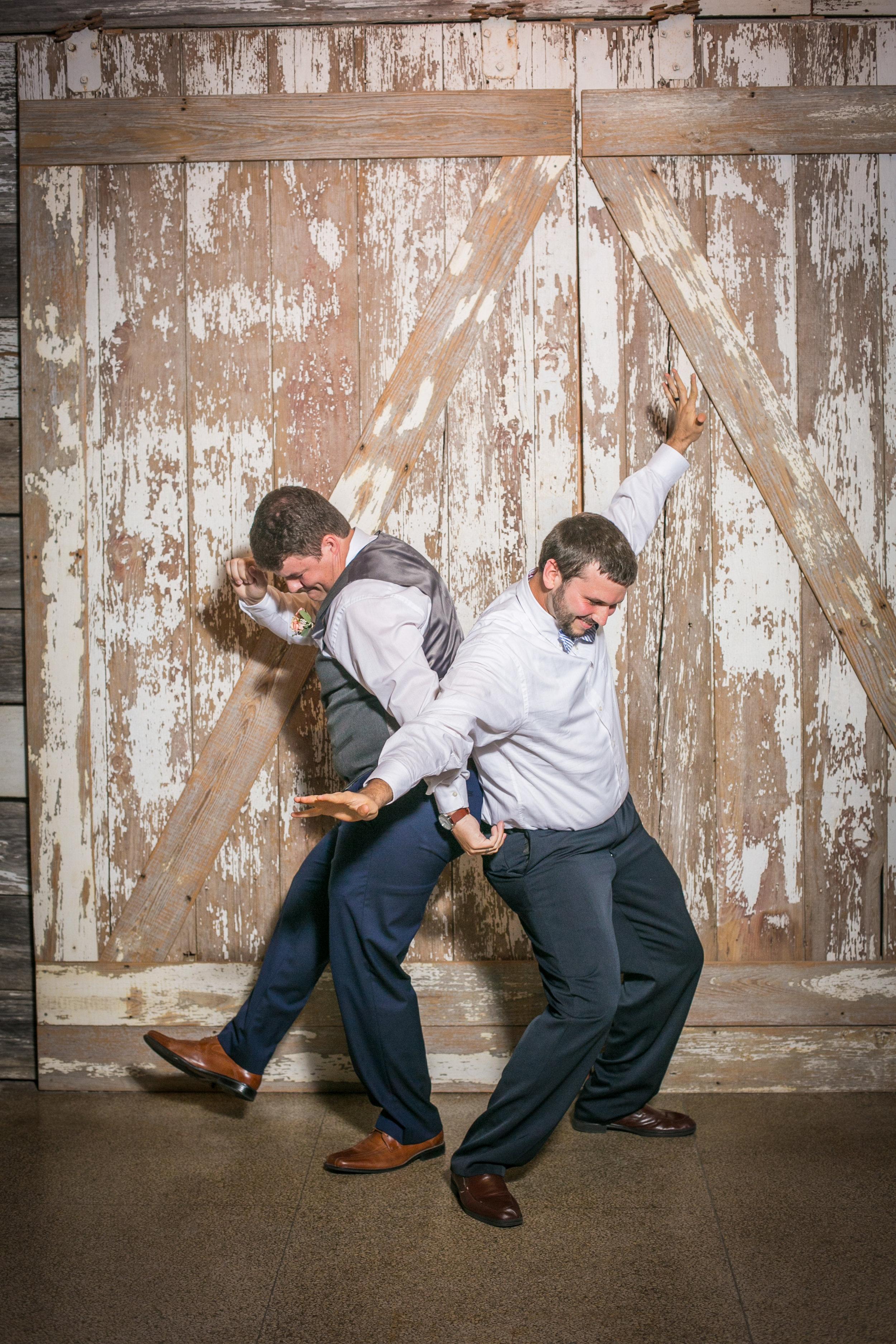 Kansas+City_Small+Wedding_Elope_Intimate_Ceremony_Best+Friends_14.jpg