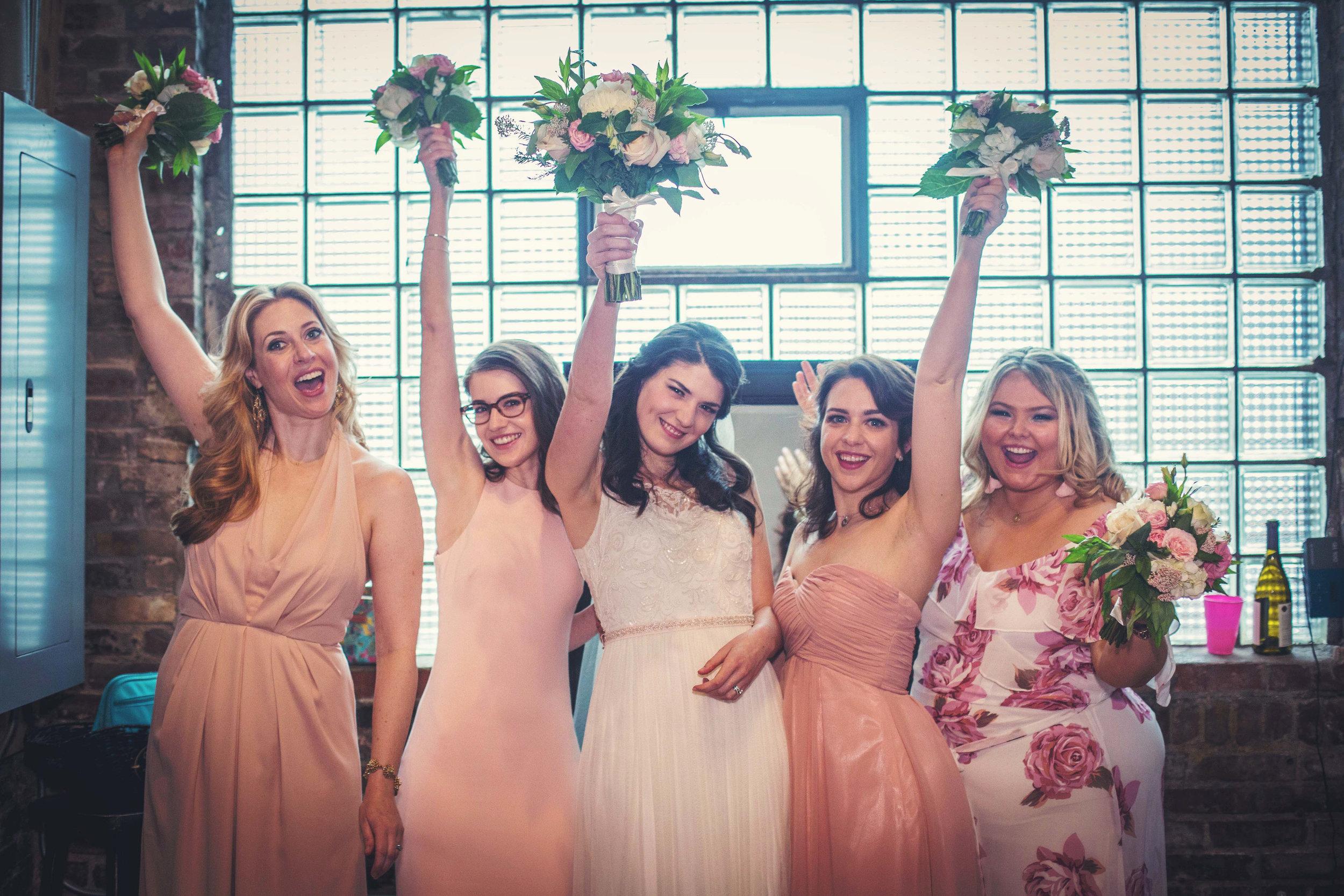 Kansas+City_Small+Wedding_Elope_Intimate_Ceremony_Best+Friends_Kaite&Austin20170429-122b.jpg