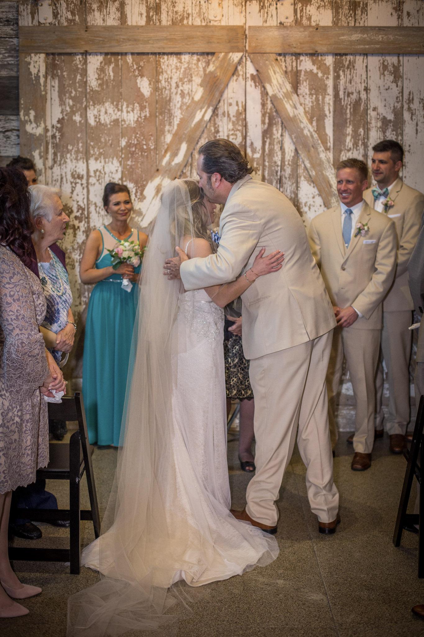Kansas_City_Small_Wedding_Venue_Elope_Intimate_Ceremony_Budget_Affordable_Megan & Jeff-087.jpg