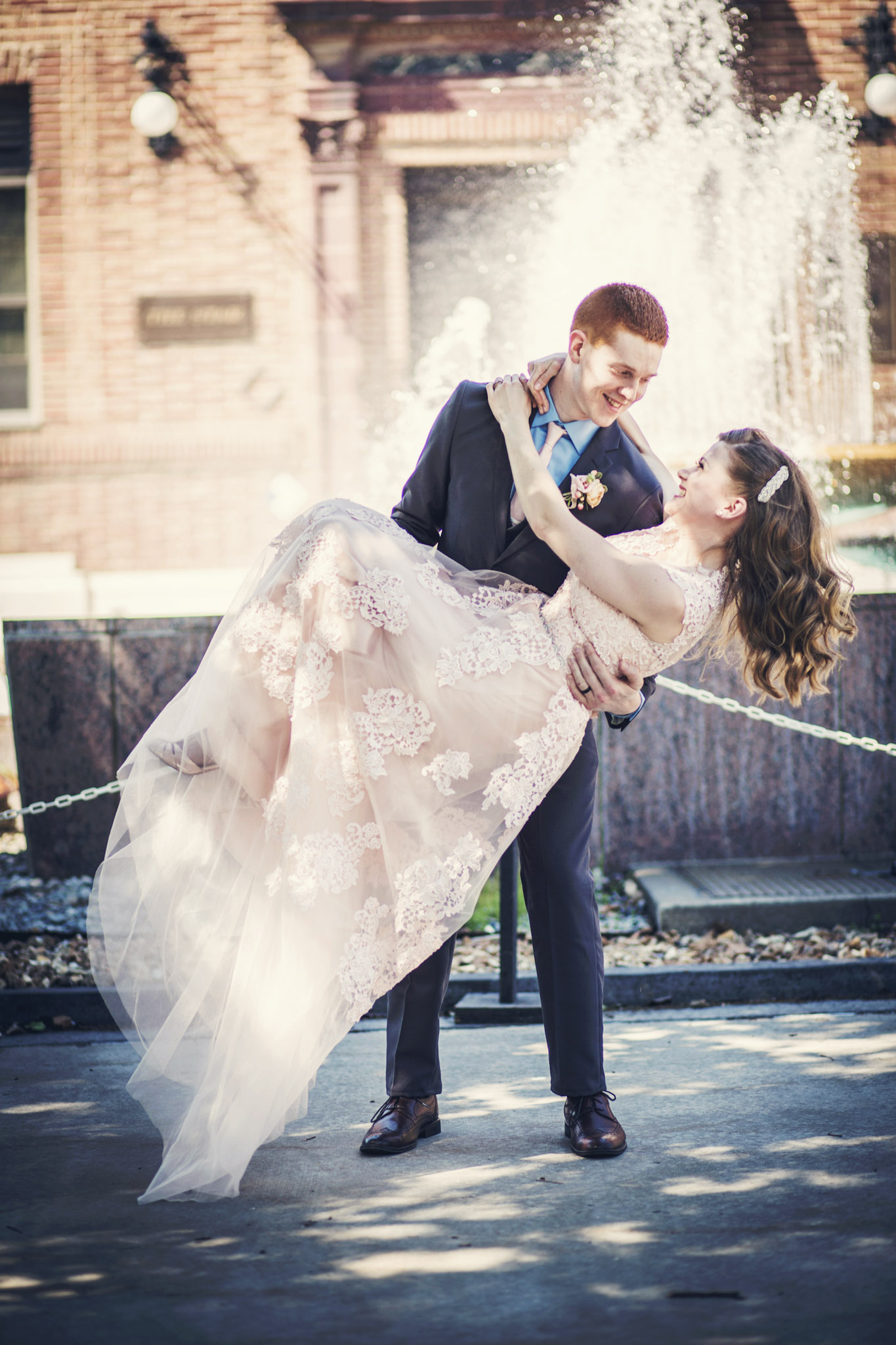Kansas_City_Small_Wedding_Venue_Elope_Intimate_Ceremony_Budget_Affordable_Kelsey&Colby-184b.jpg