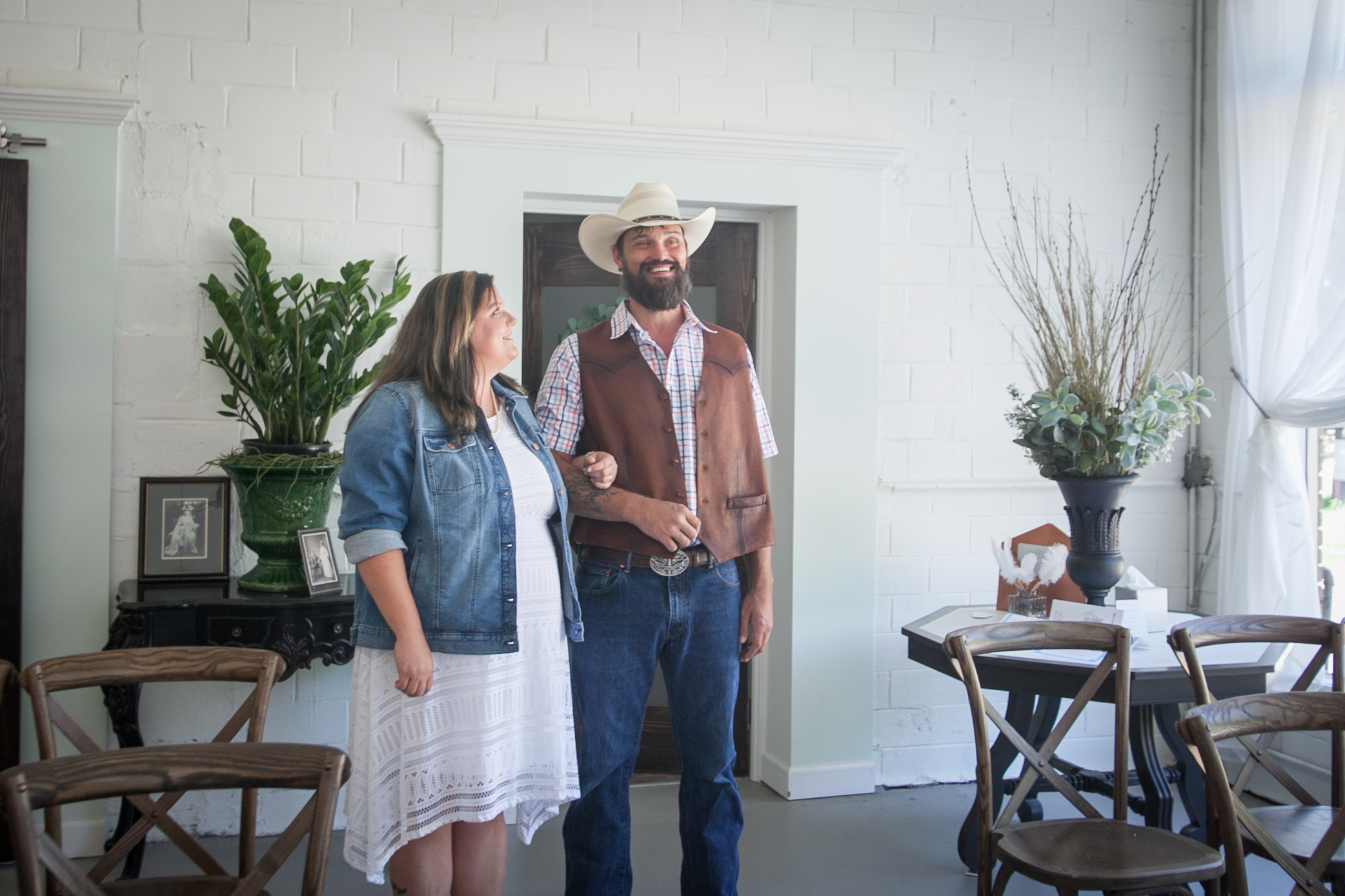 Kansas_City_Small_Wedding_Venue_Elope_Intimate_Ceremony_Budget_Affordable_Wedding Day-8.jpg