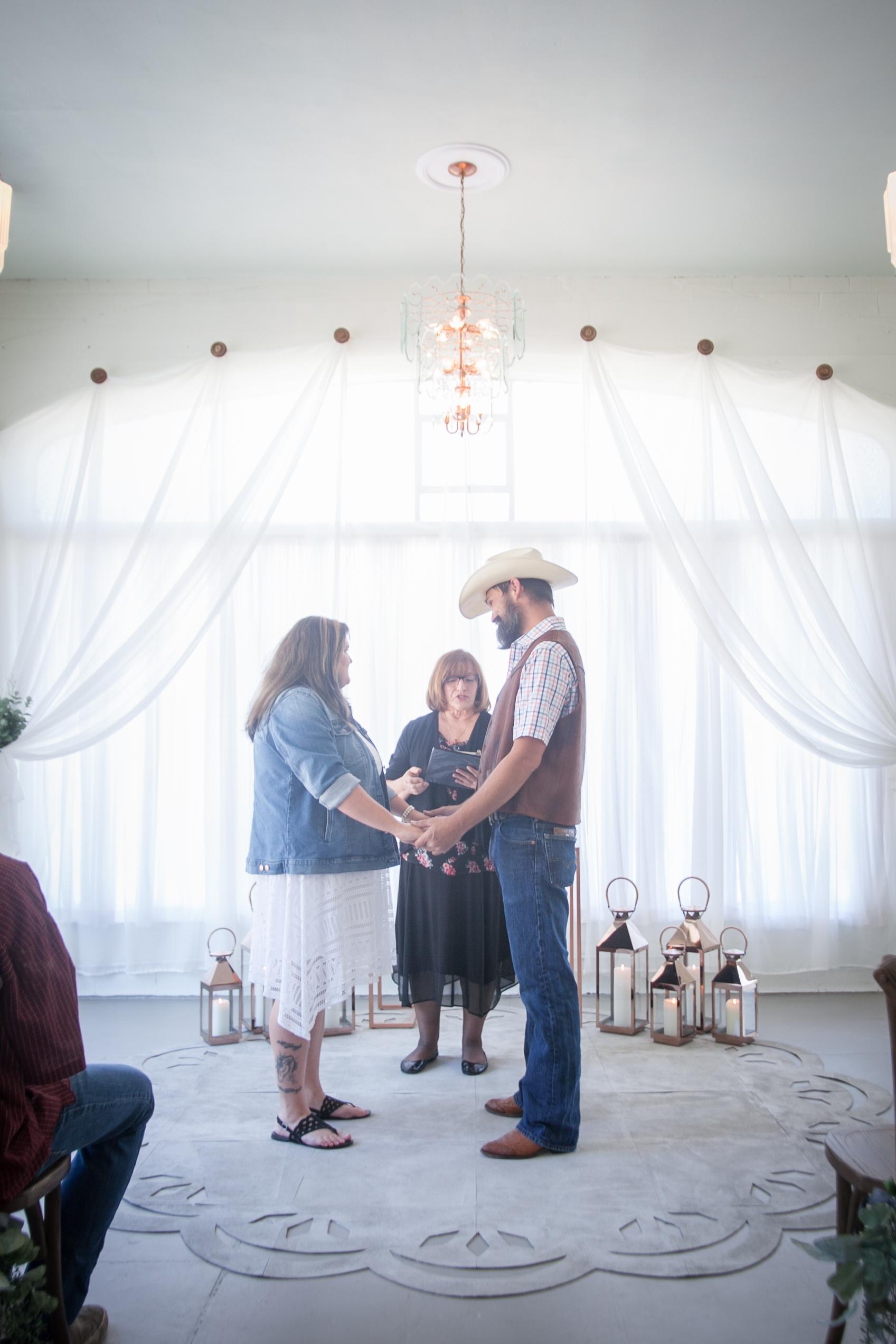 Kansas_City_Small_Wedding_Venue_Elope_Intimate_Ceremony_Budget_Affordable_Wedding Day-17.jpg