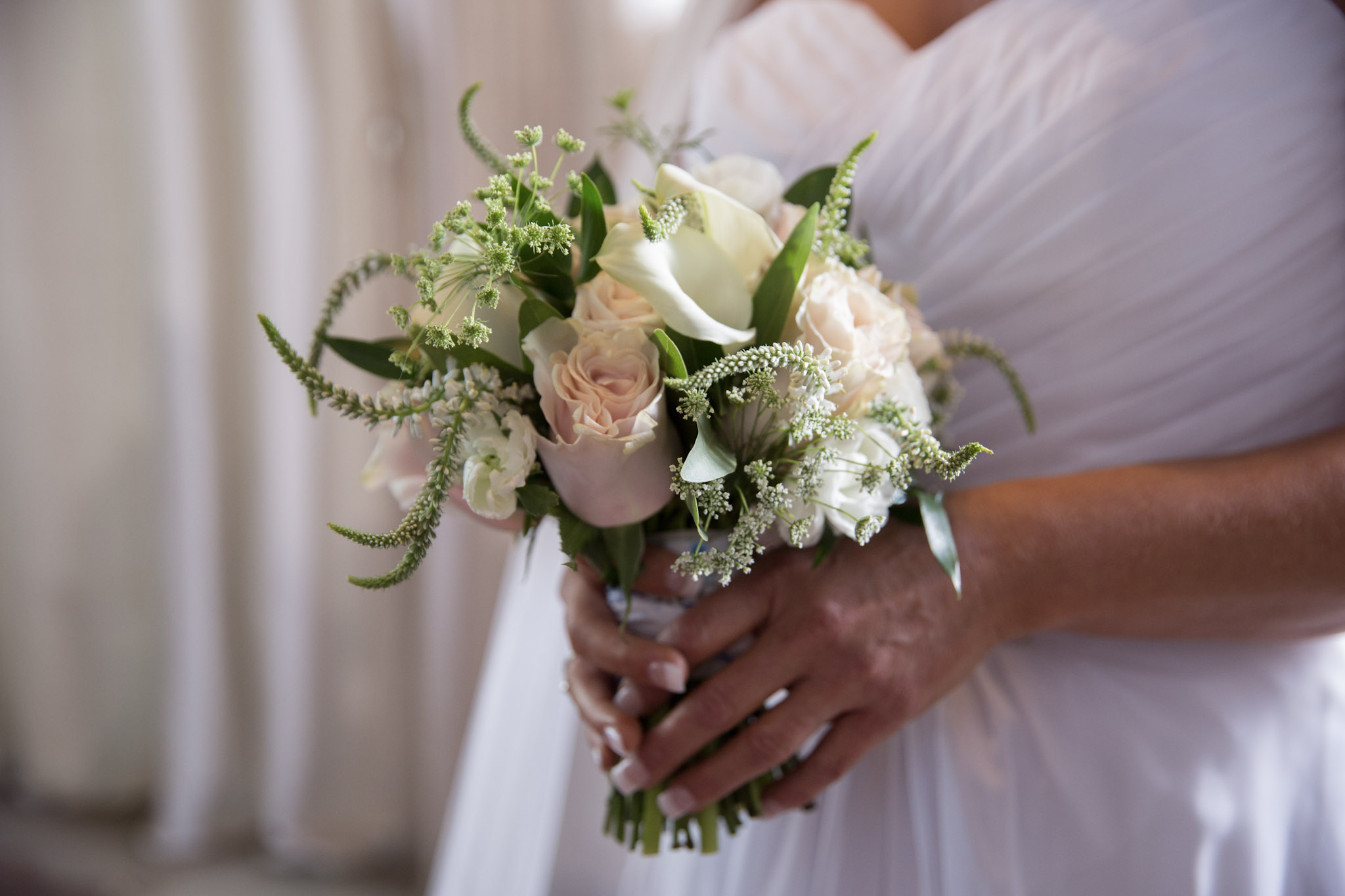Kansas_City_Small_Wedding_Venue_Elope_Intimate_Ceremony_Budget_Affordable_Summer_Flowers_KM4A9303LZ.JPG