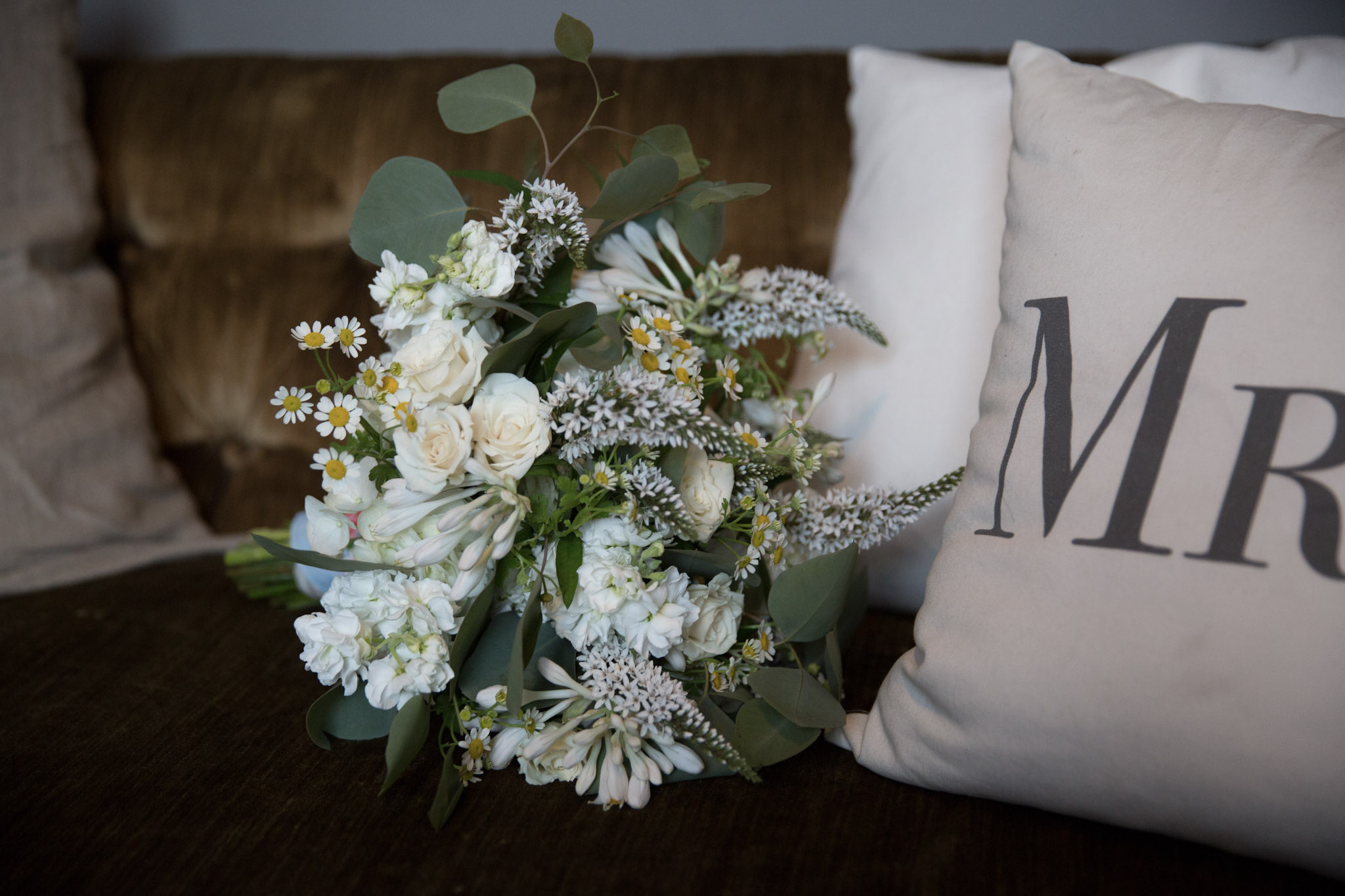 Kansas_City_Small_Wedding_Venue_Elope_Intimate_Ceremony_Budget_Affordable_Summer_Flowers_569A8597-12.jpg