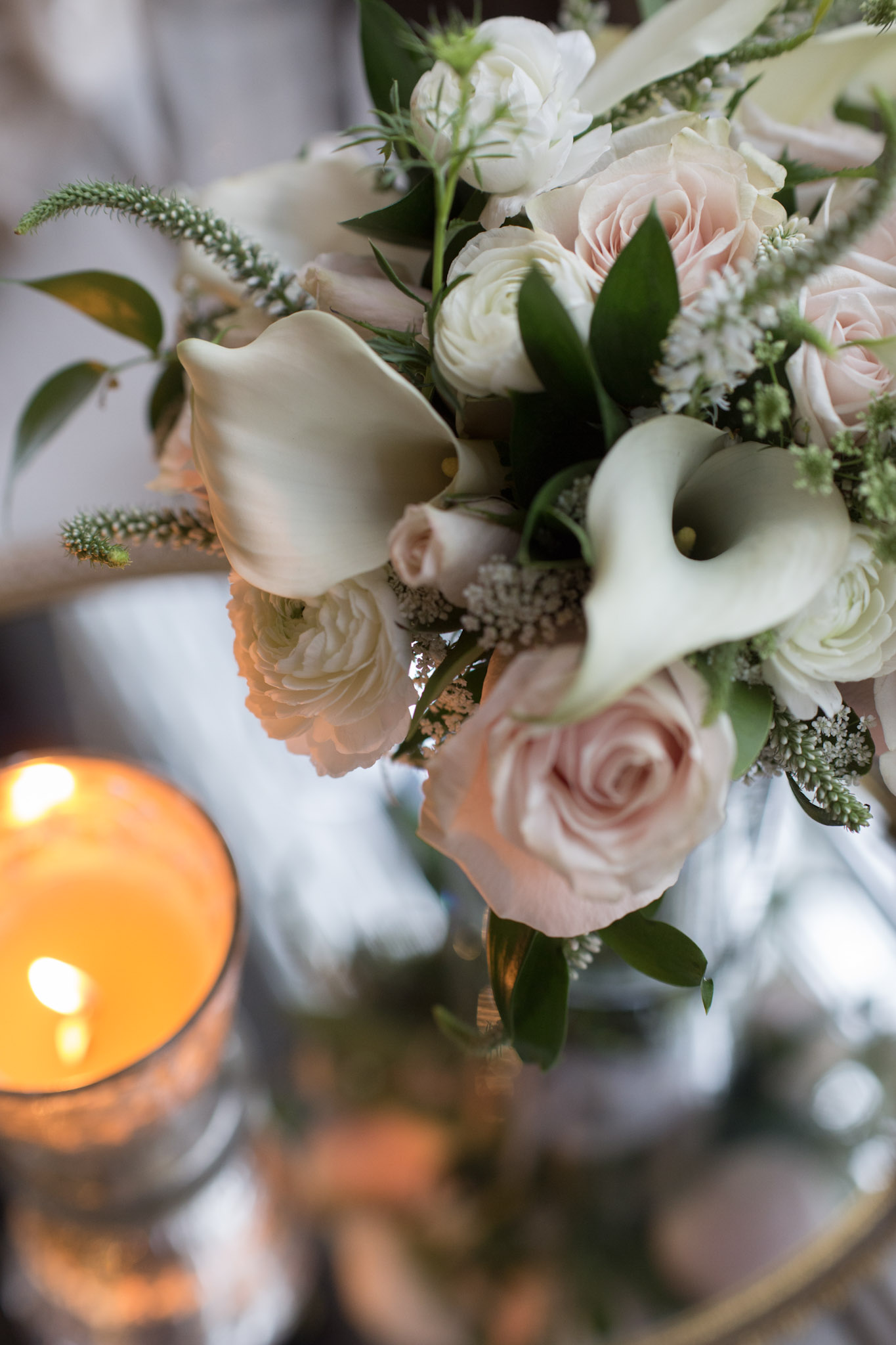 Kansas_City_Small_Wedding_Venue_Elope_Intimate_Ceremony_Budget_Affordable_Summer_Flowers_KM4A9204L&Z.JPG