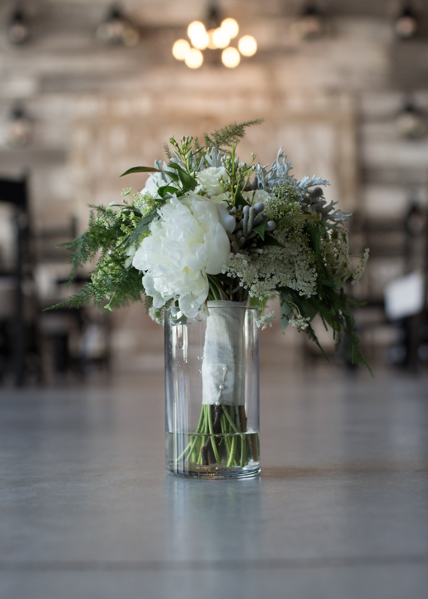 Kansas_City_Small_Wedding_Venue_Elope_Intimate_Ceremony_Budget_Affordable_Summer_Flowers_KM4A7994E&U.JPG