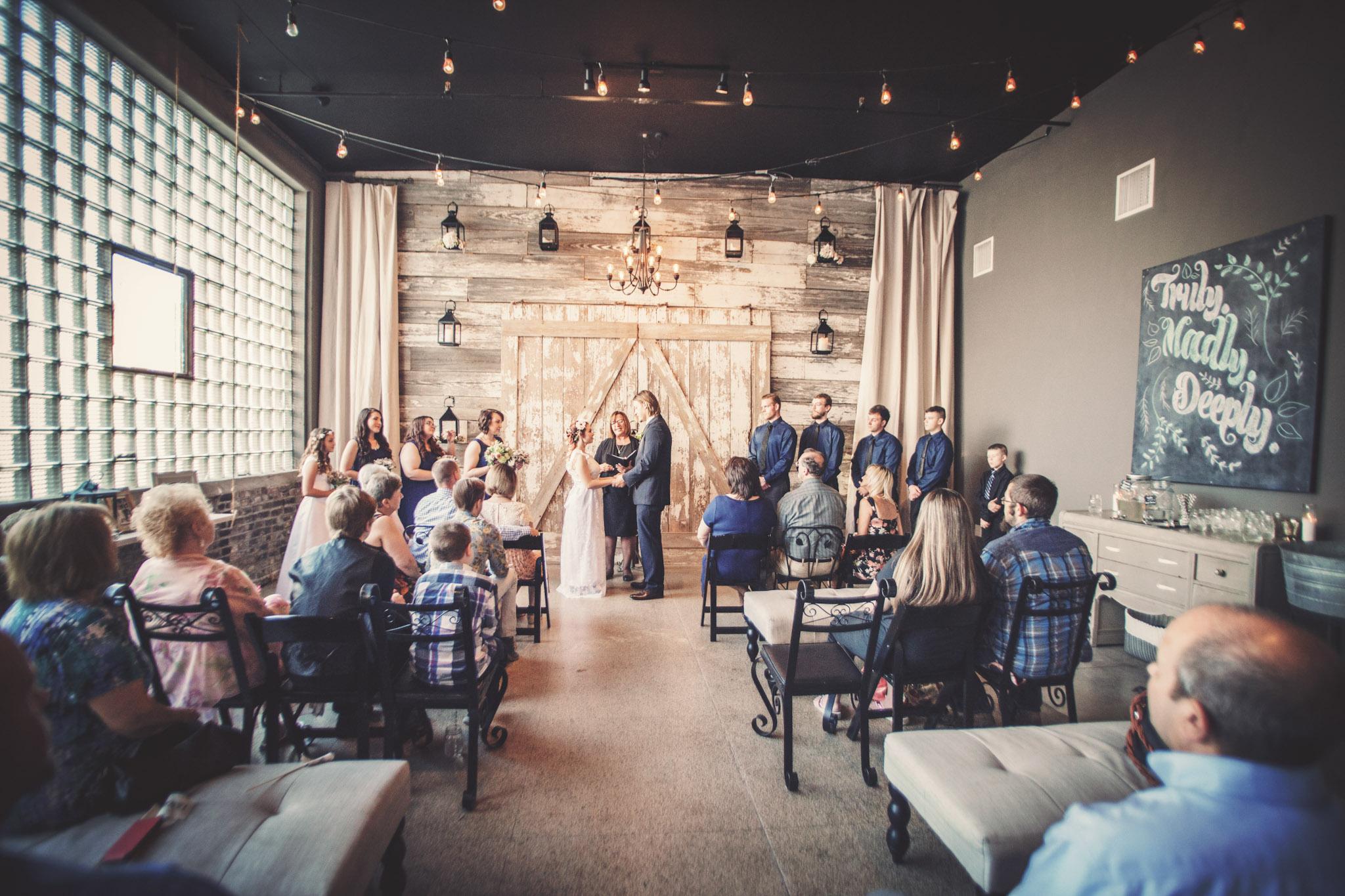 Kansas_City_Small_Wedding_Venue_Elope_Intimate_Ceremony_Budget_Affordable_Sophie&Philip_108b.jpg