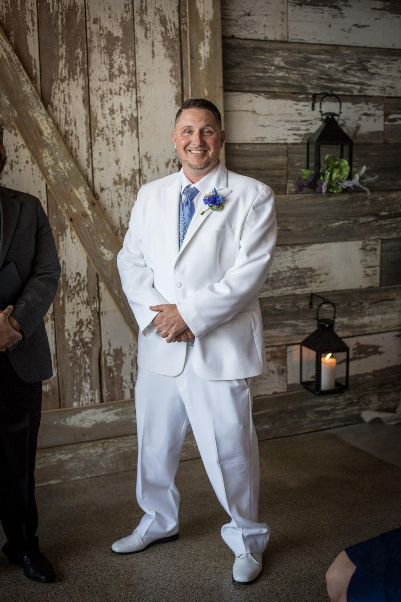 The_Vow_Exchange_Kansas_City_Small_Budget_Wedding_Venue_Mico&Daniel-052.jpg
