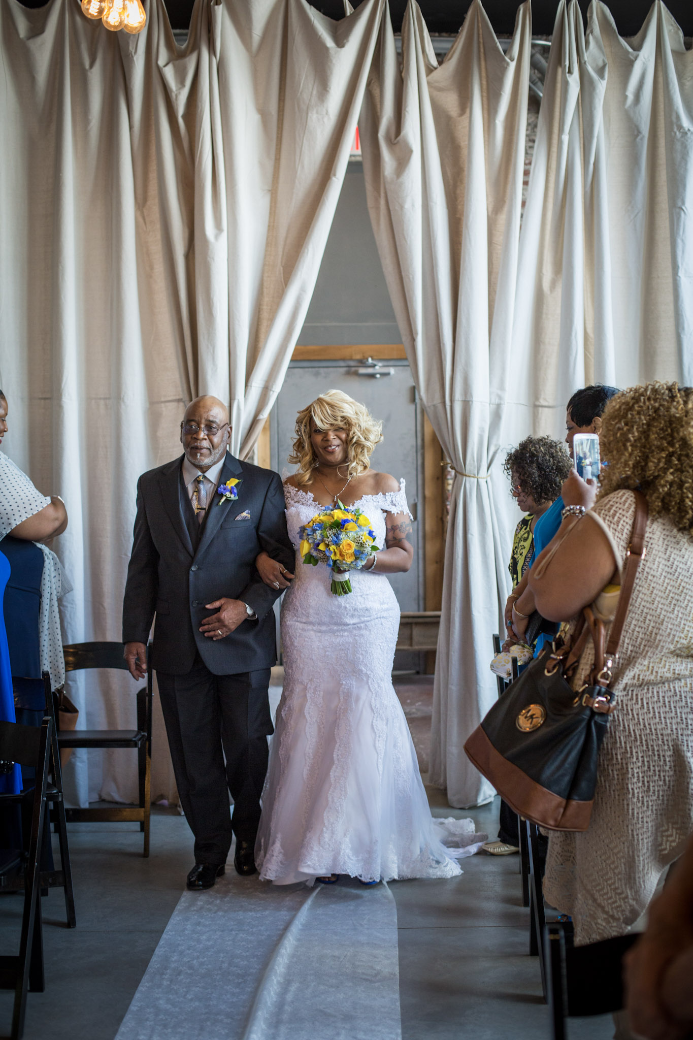 The_Vow_Exchange_Kansas_City_Small_Budget_Wedding_Venue_Mico&Daniel-060.jpg
