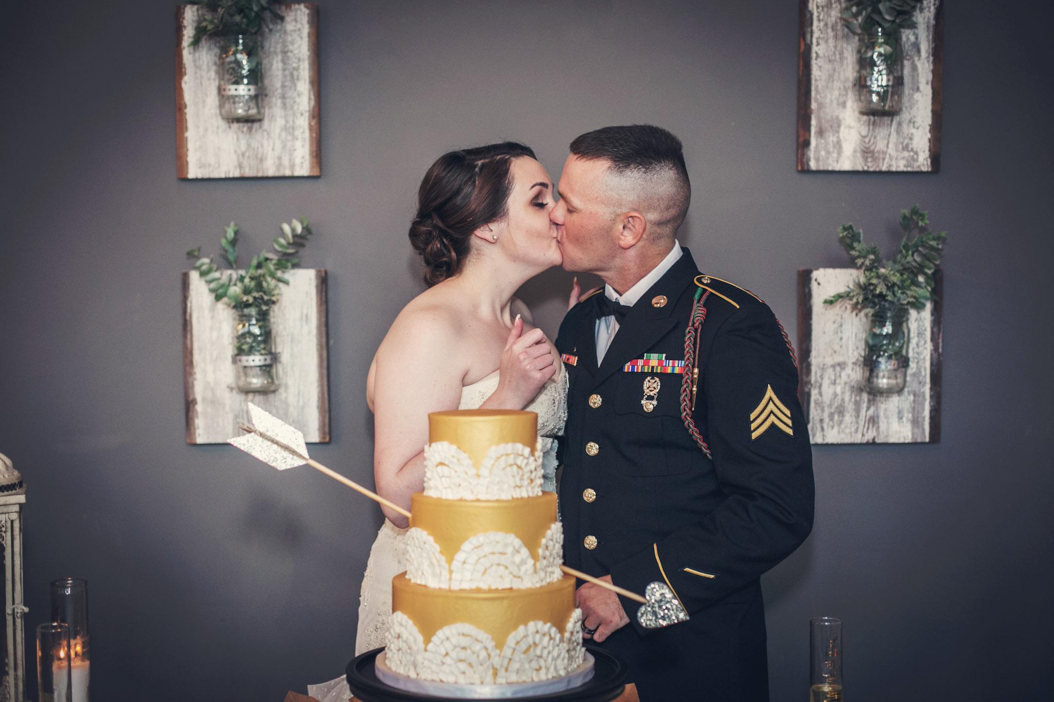 Kansas_City_Small_Intimate_Budget_Wedding_Venue_Andrew&Sydney_192b.jpg