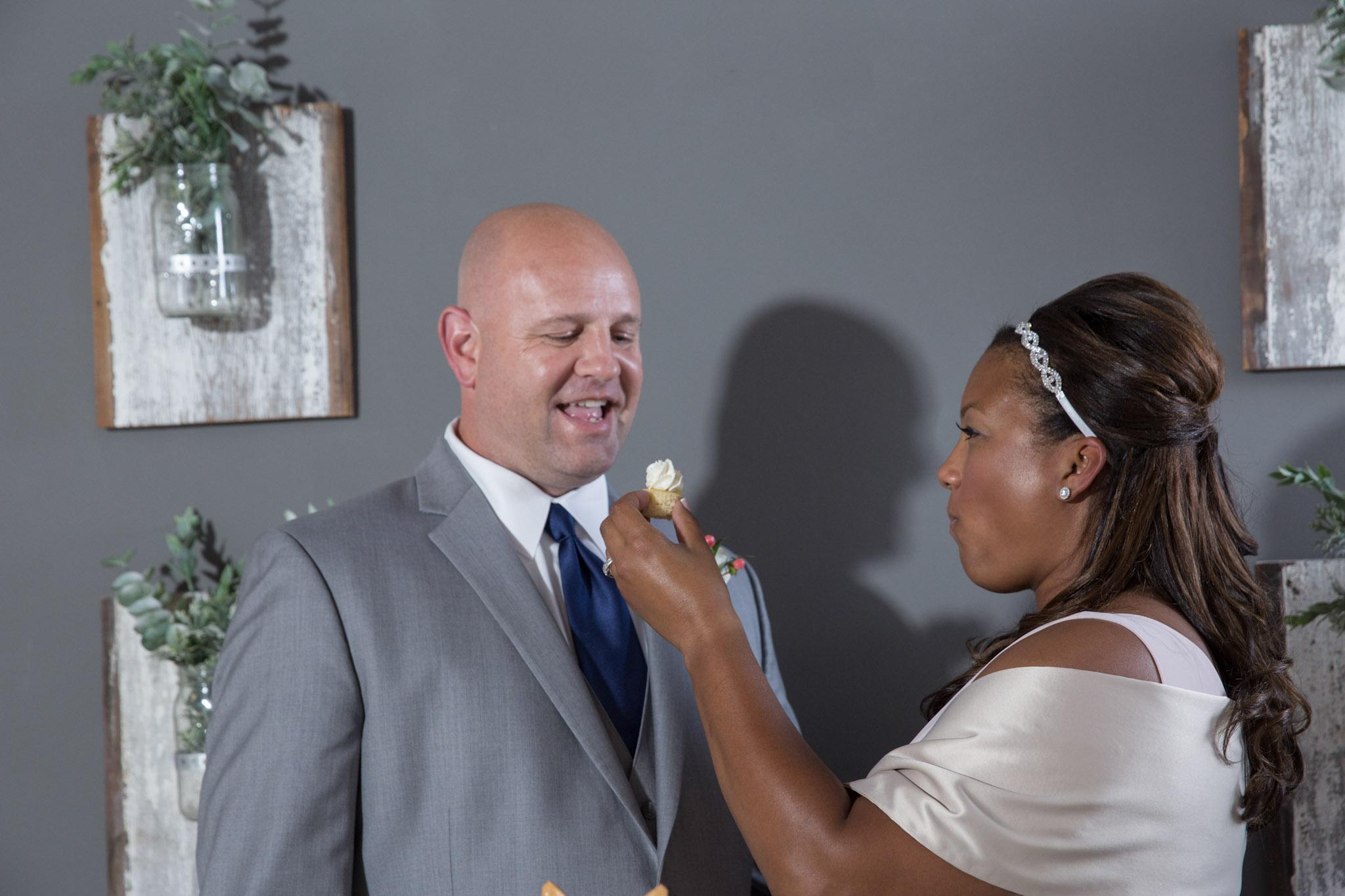 Kansas_City_Intimate_Small_Budget_Wedding_Venue_303.JPG