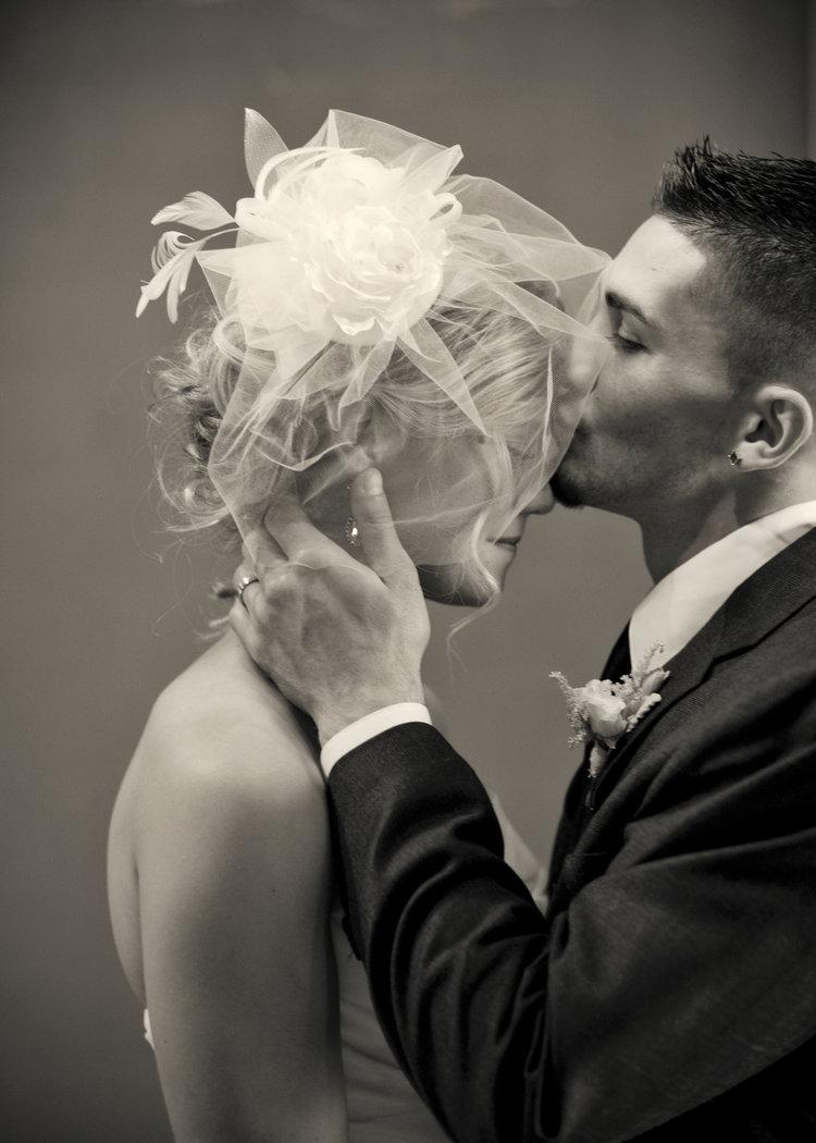 The+Vow+Exchange_Intimate+Wedding_Elope_Wedding+Venue+Kansas+City_1920s+wedding+ideas+(5).jpg