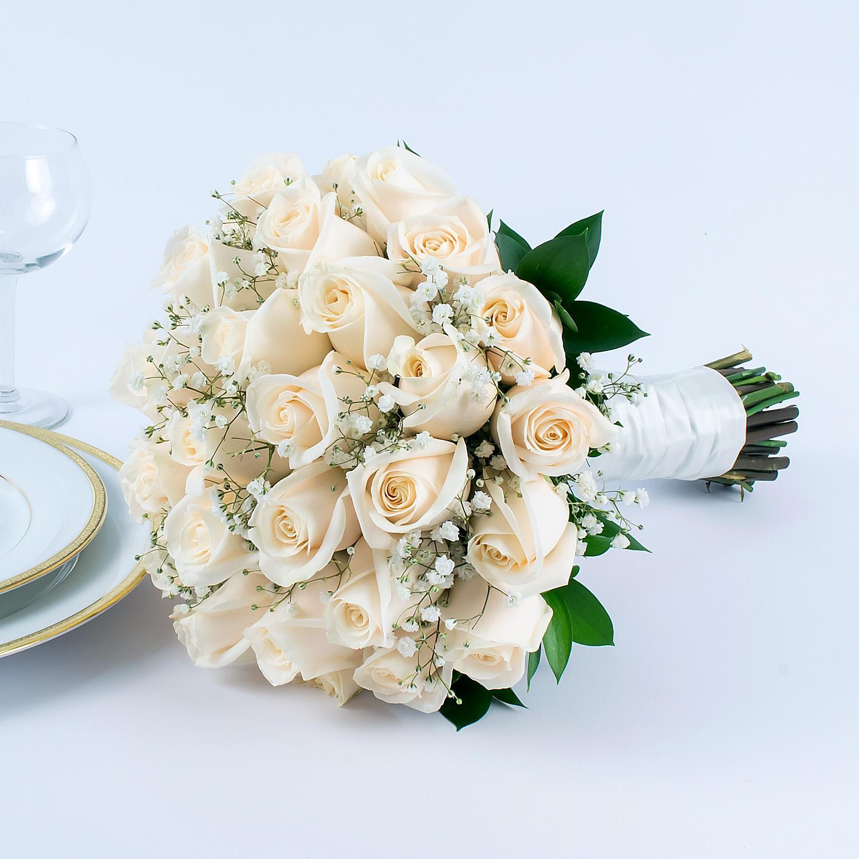 Sam's Club White Rose Bridal Bouquet $99.98