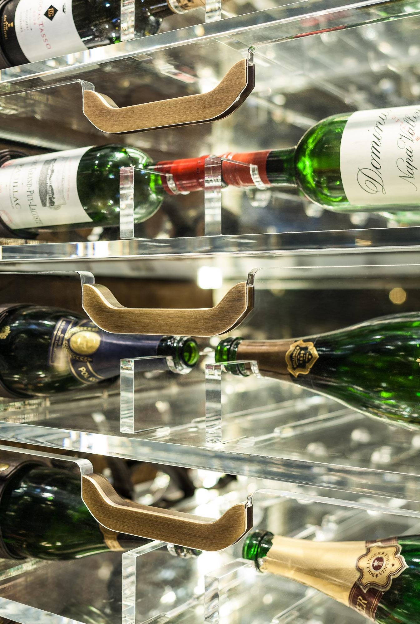 20170313_yacht_wine_cellar_0093.jpg