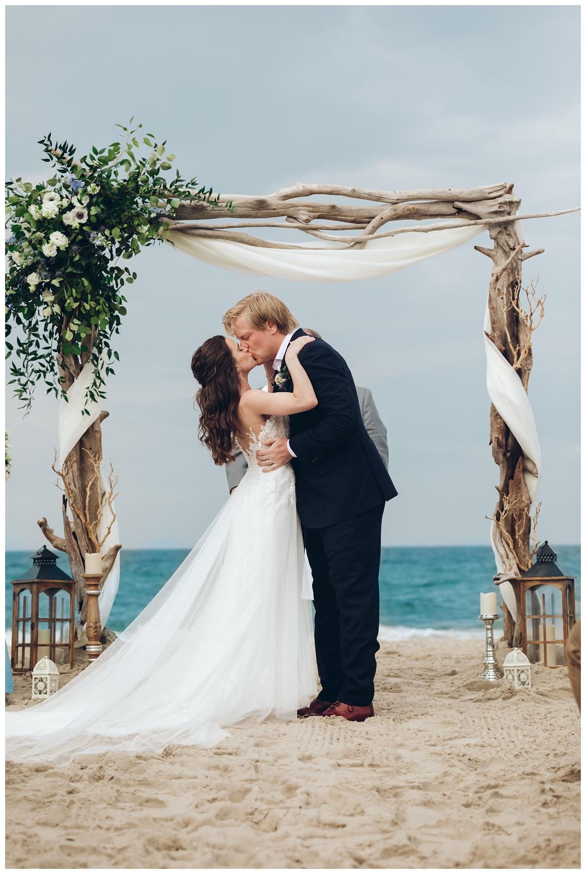 Outer-Banks-Corolla-Wedding_0070.jpg
