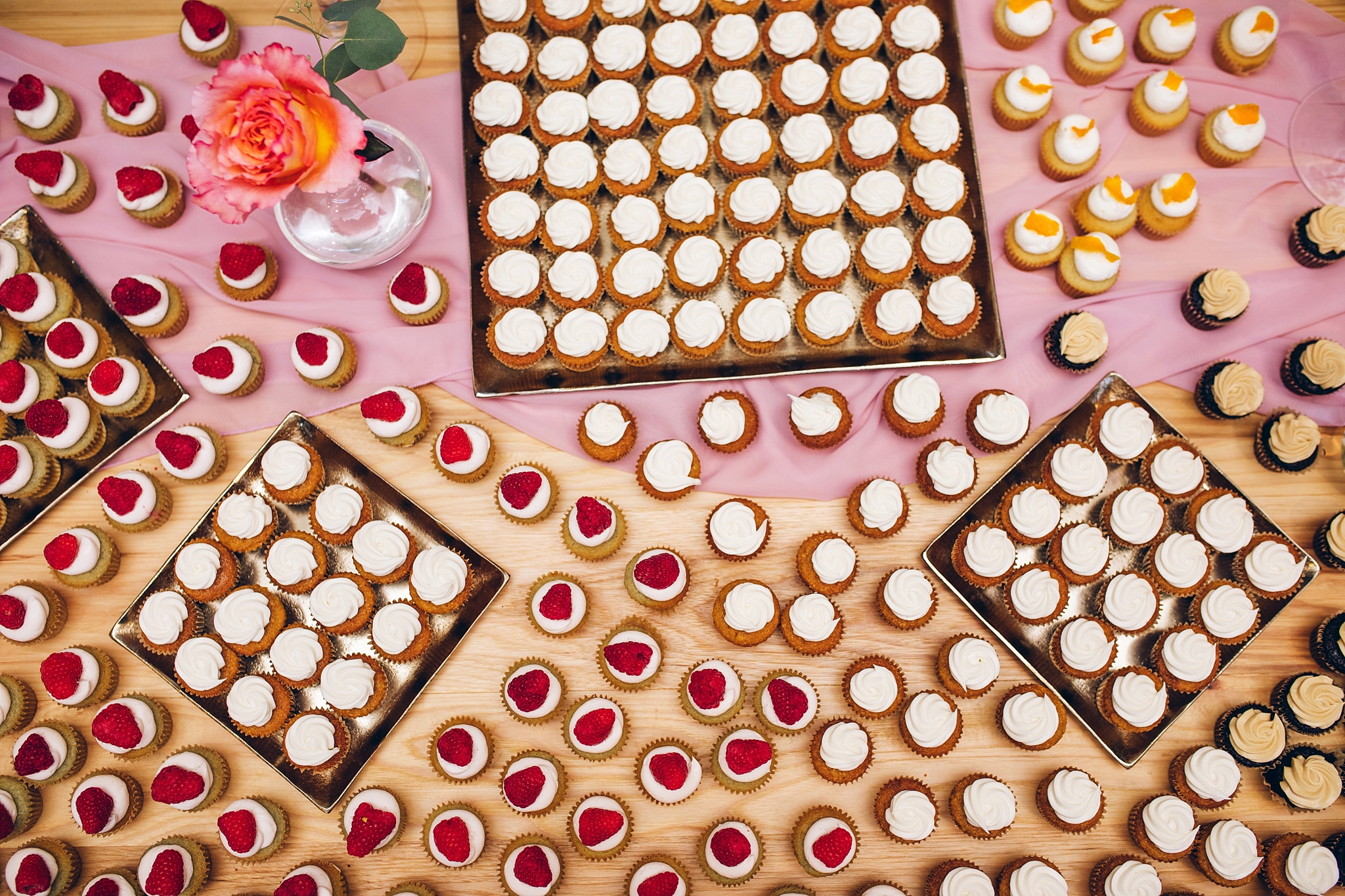 baker-lofts-holland-michigan-wedding-photographer_0385.jpg