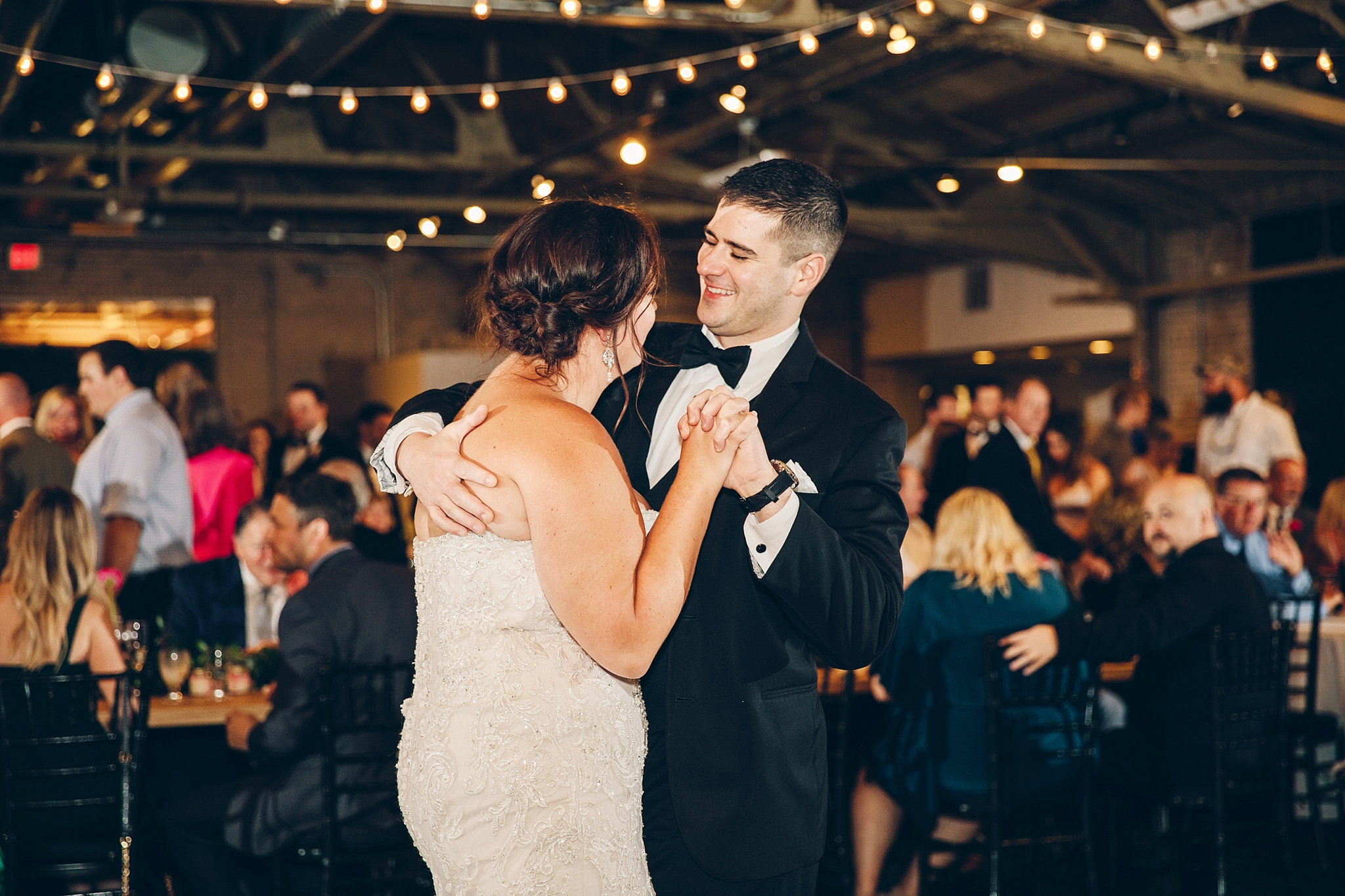 baker-lofts-holland-michigan-wedding-photographer_0394.jpg
