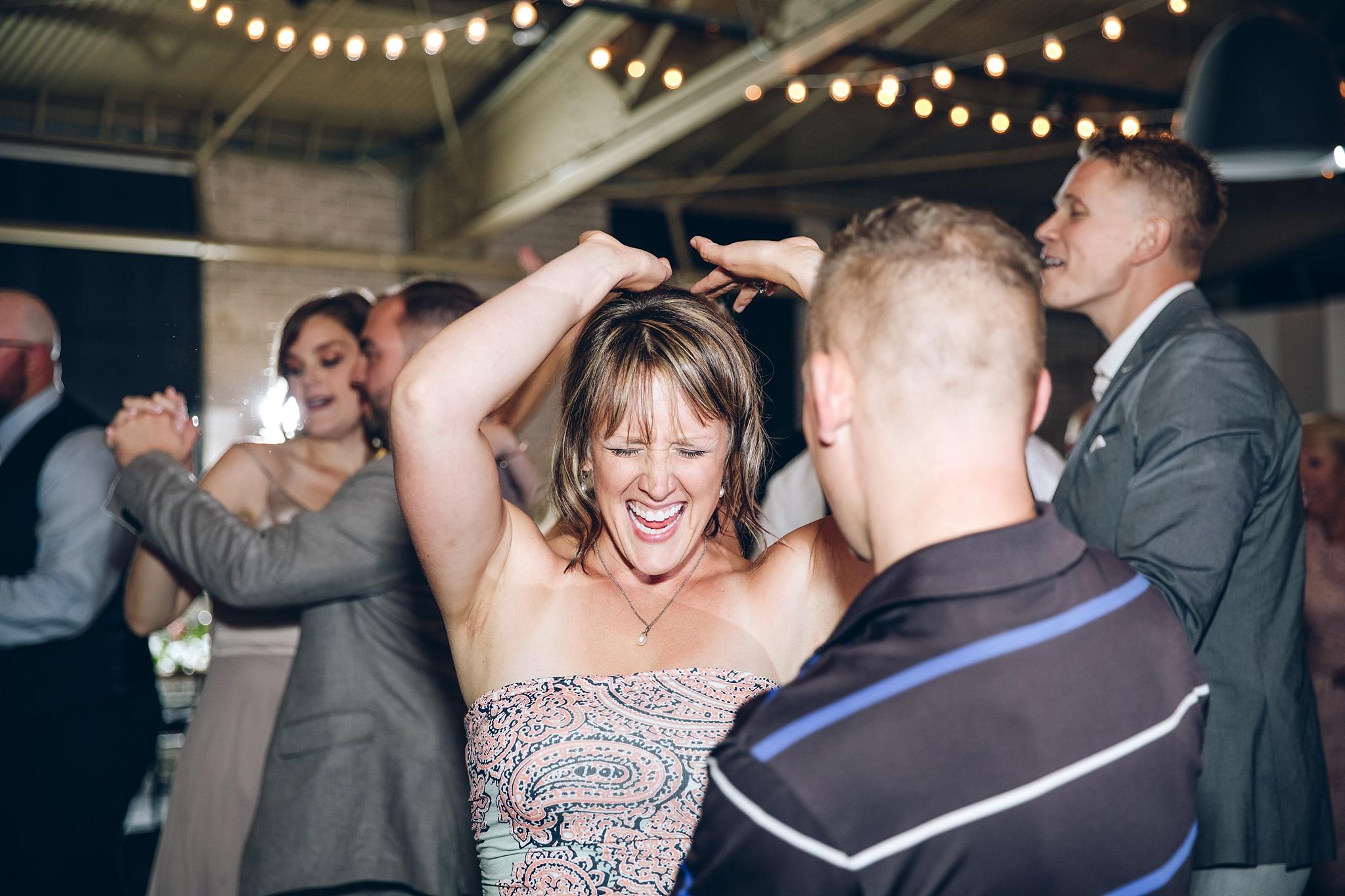 baker-lofts-holland-michigan-wedding-photographer_0402.jpg