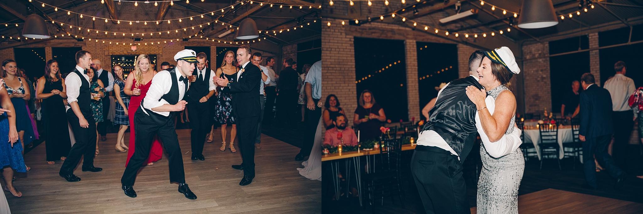baker-lofts-holland-michigan-wedding-photographer_0409.jpg