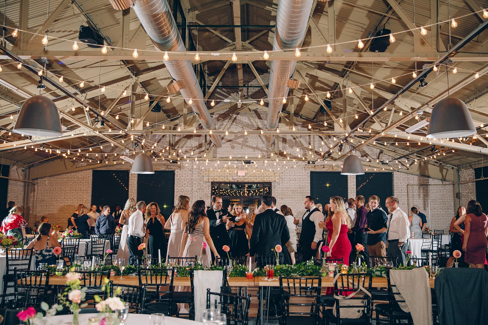 baker-lofts-holland-michigan-wedding-photographer_0408.jpg