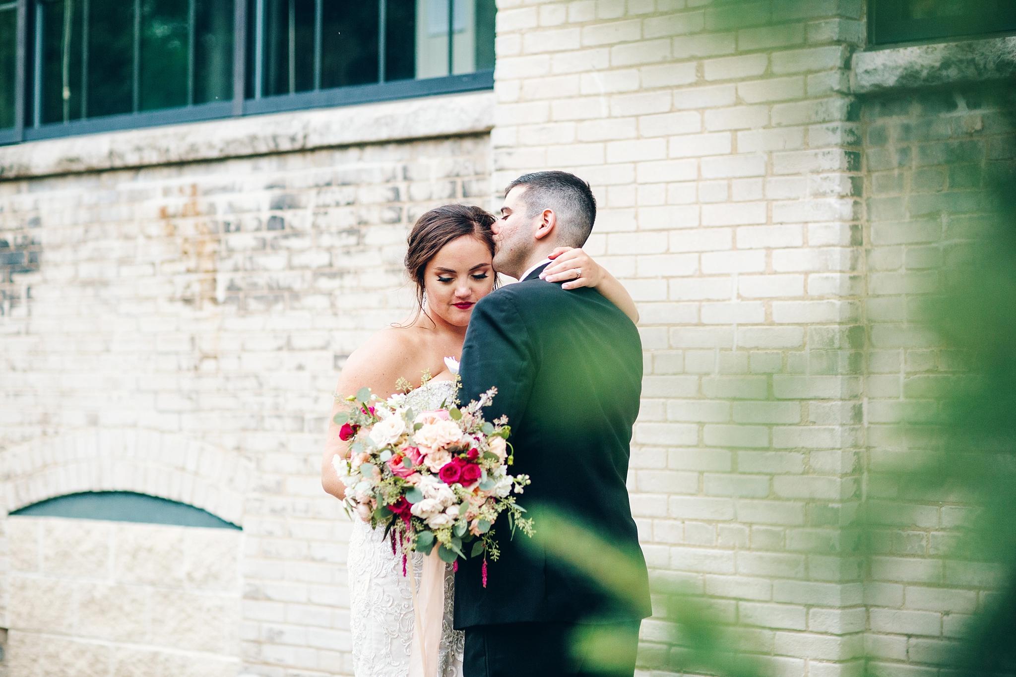 baker-lofts-holland-michigan-wedding-photographer_0415.jpg