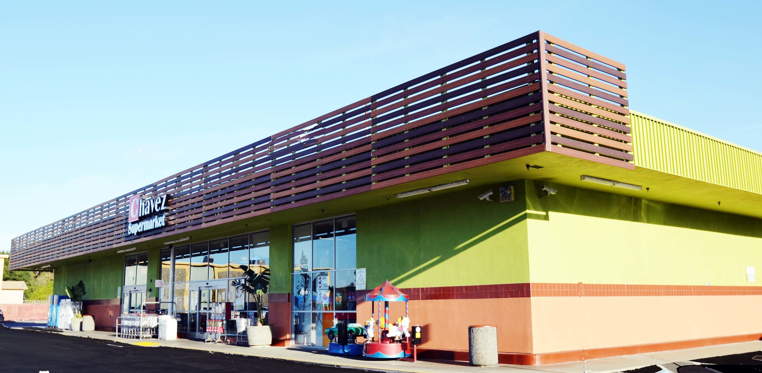 Supermarket Facade Improvement