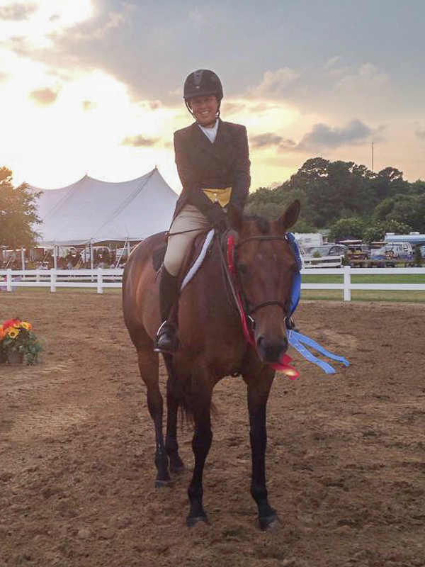 Liza and Eloise win the USHJA National Hunter Derby