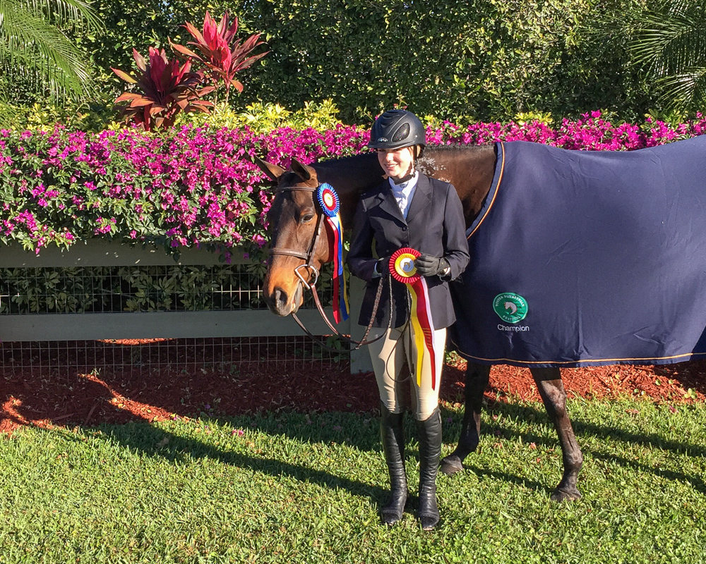Eloise and Stella Styslinger with their WEF 3 tricolors.