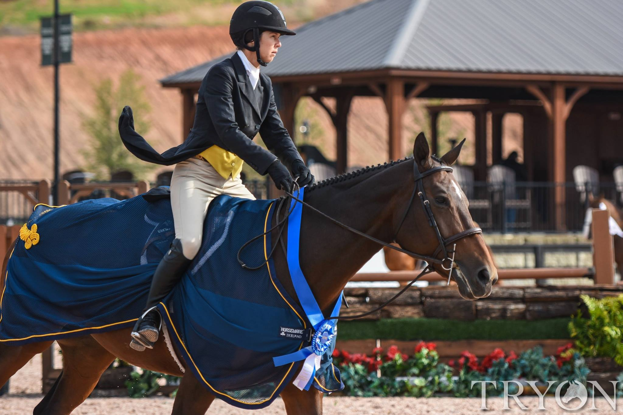 Liza Boyd and Fieona won the USHJA National Hunter Derby
