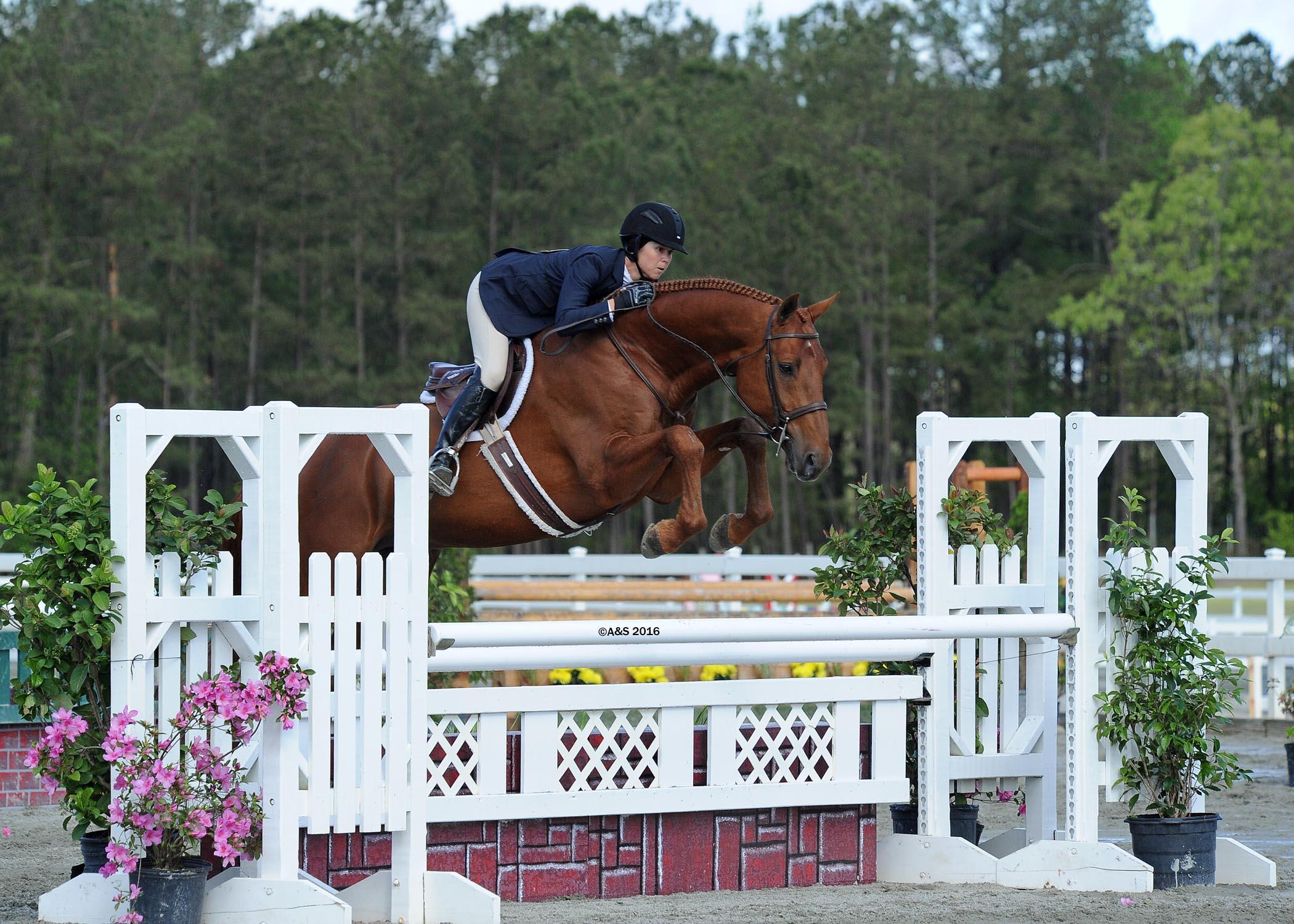 Liza Boyd aboard Pony Lane Farm's Coronado (A&S Photography)