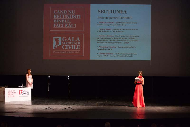Melania Gala Societatii civile.jpg