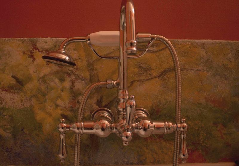Bathroom-Floral-cdet-Fawcett-.jpg