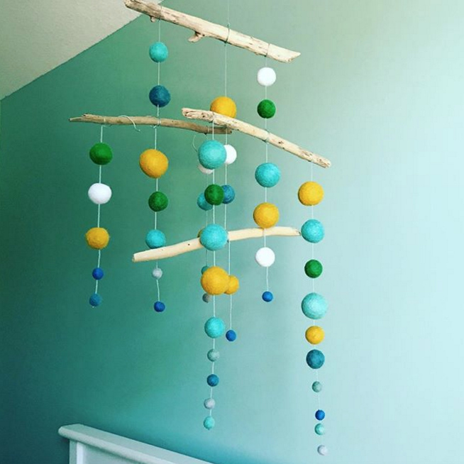 Theos Nursery Mobile Felt Balls and Driftwood.png